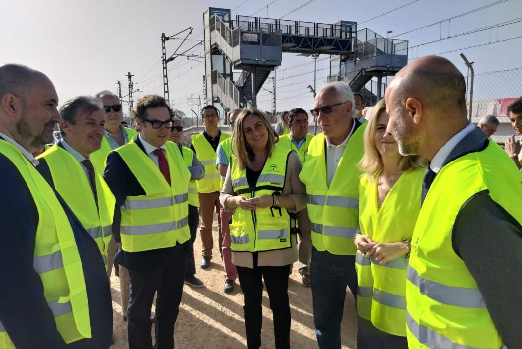 La Junta y el Gobierno refuerzan la cooperación para culminar el tranvía de la Bahía de Cádiz