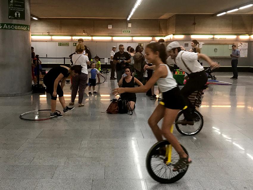 La experiencia de Circada se repite por tercer año consecutivo en el metro de Sevilla.