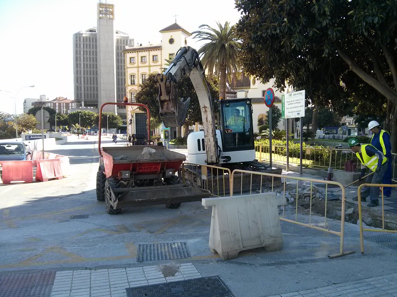 Maquinaria en el tramo Renfe - Guadalmedina del metro de Málaga.