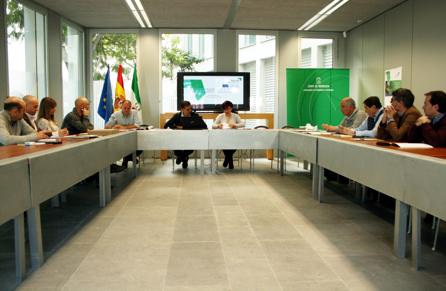 Reunión de expertos en la sede de la Consejería de Fomento en Sevilla.