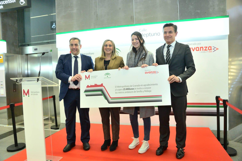 La viajera 25 millones del metro de Granada.