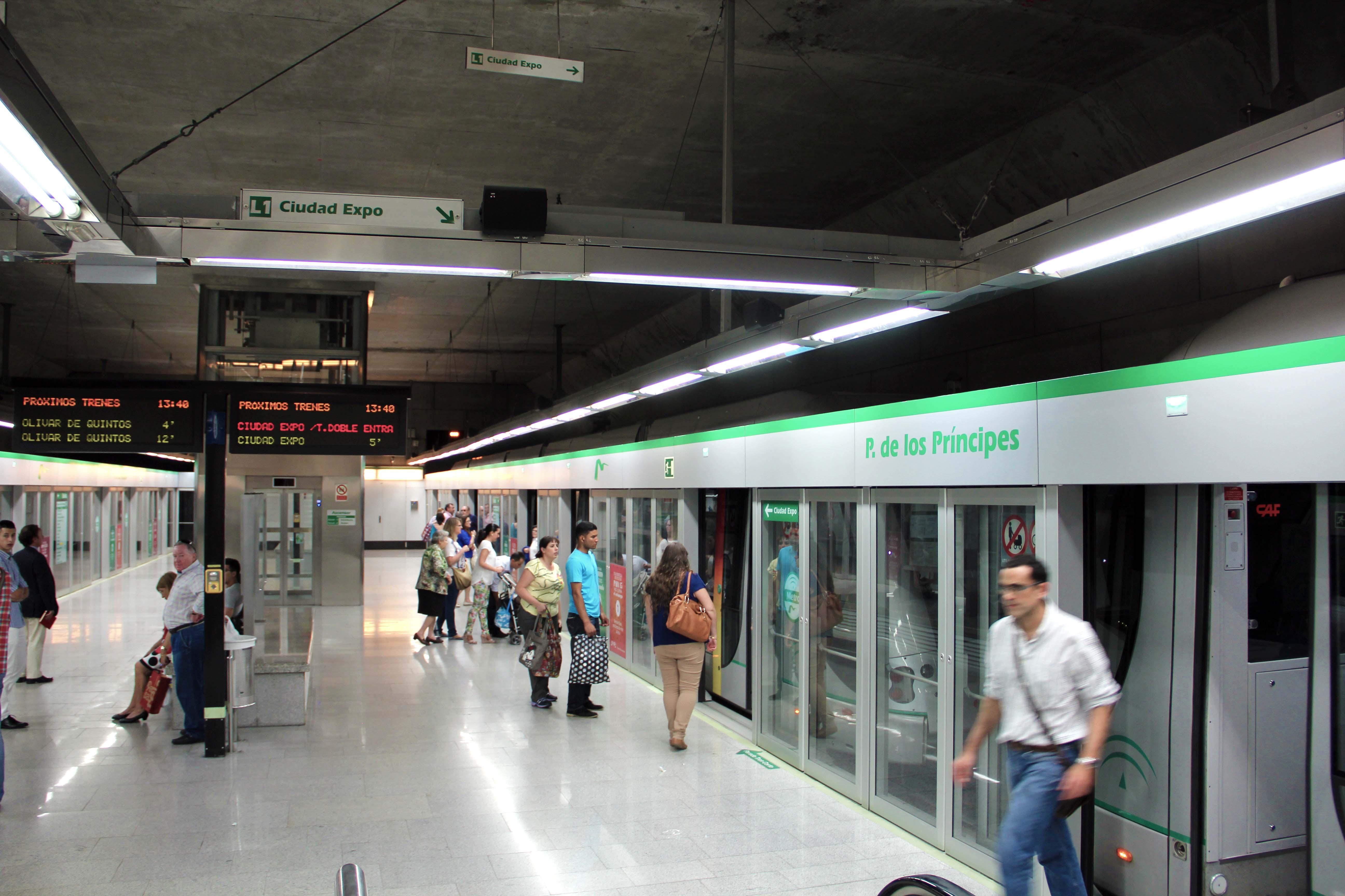 Estación Parque de los Principes, ubicada en Avd.República Argentina de la capital sevilla.