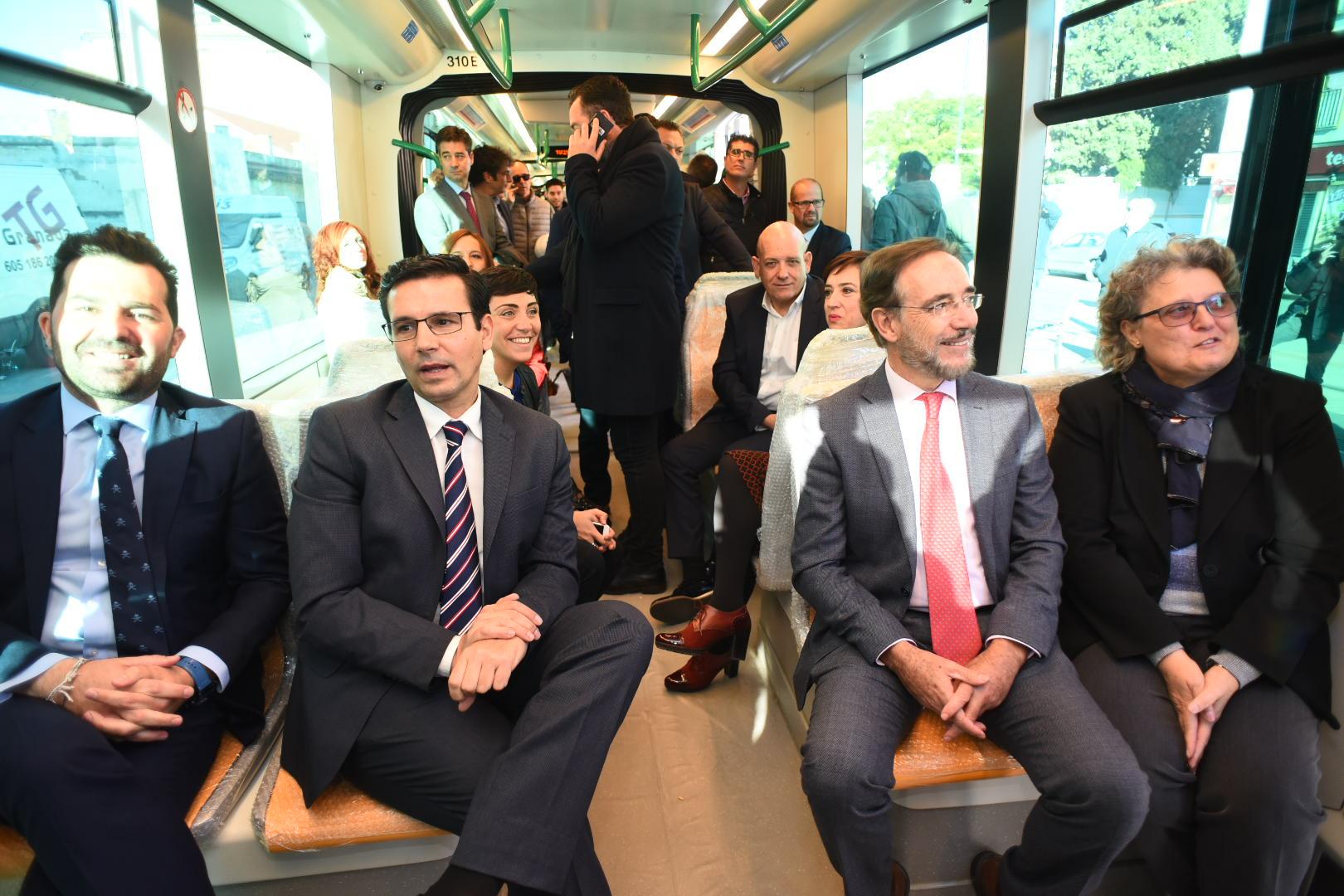Metro de Granada reanuda las pruebas móviles con el paso de los ...