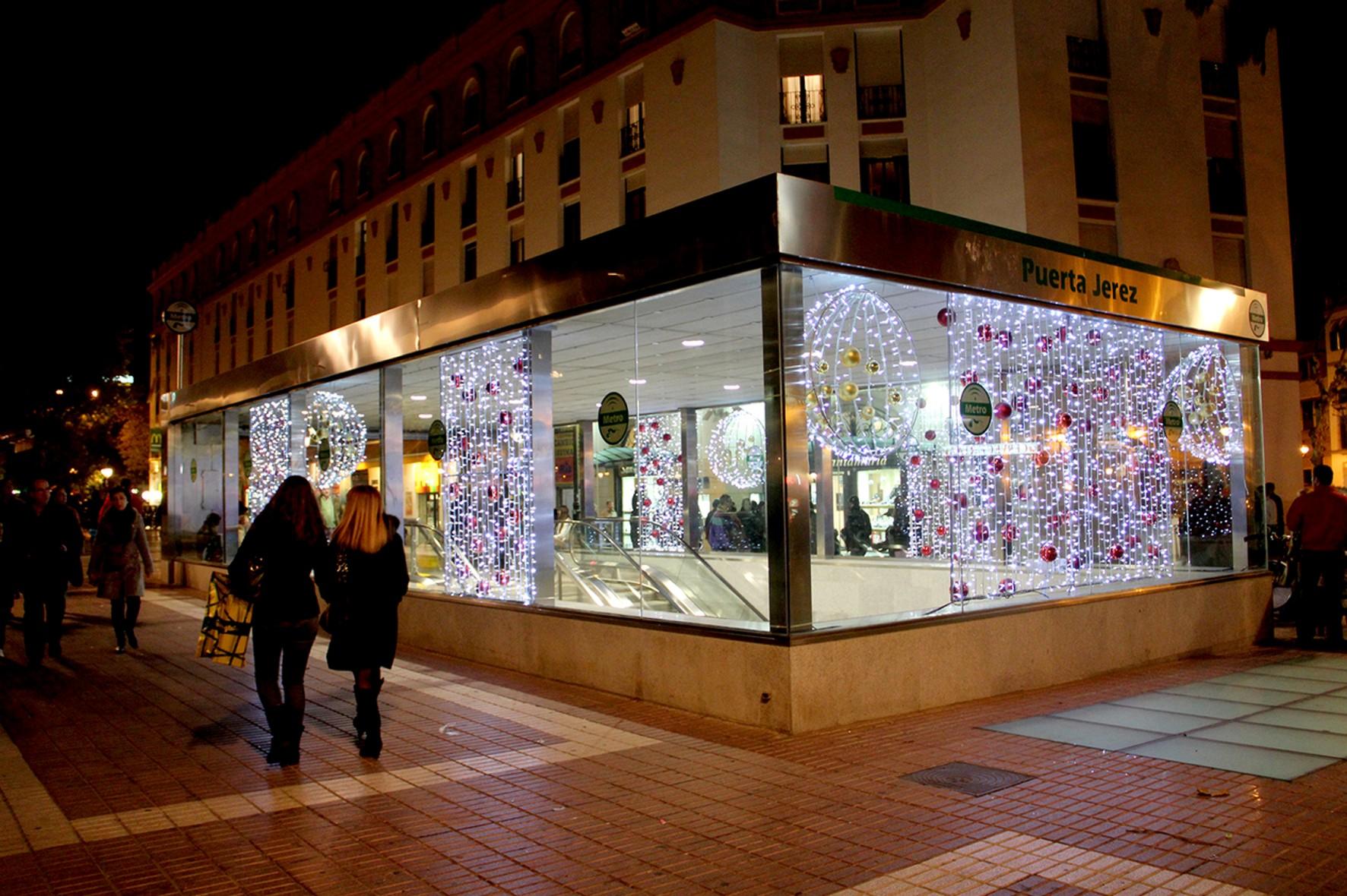 La estación con más viajeros en Nochevieja ha sido la de Puerta Jerez.