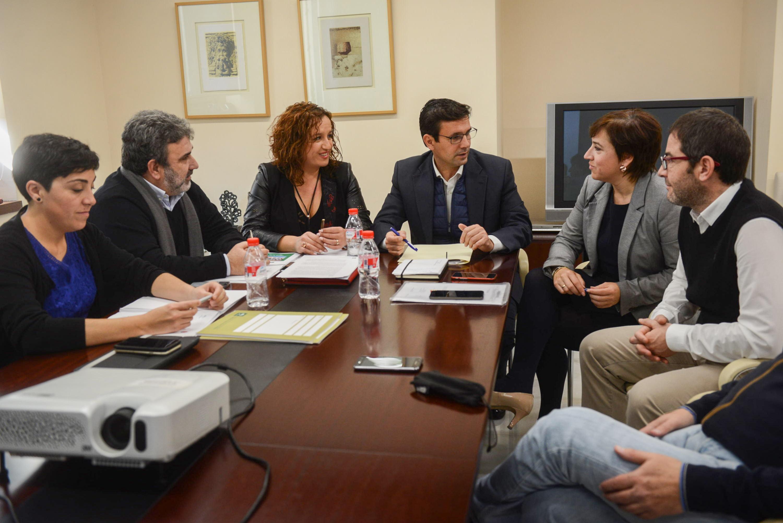 La viceconsejera de Fomento, Nieves Masegosa, preside las comisiones mixtas del Metro de Granada