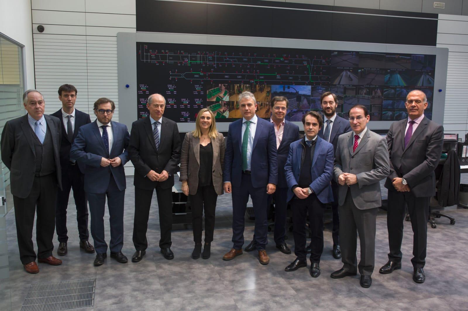 La consejera preside el Consejo de Administración del Metro de Málaga.