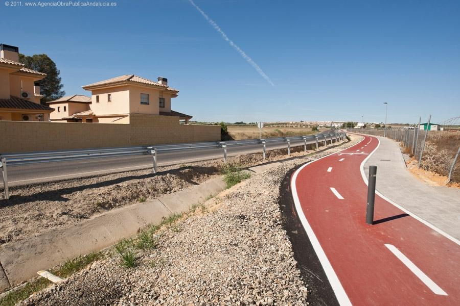La v�a ciclista de Olivares dar� continuidad a la ya existente de Salteras a Olivares por la A-8077.