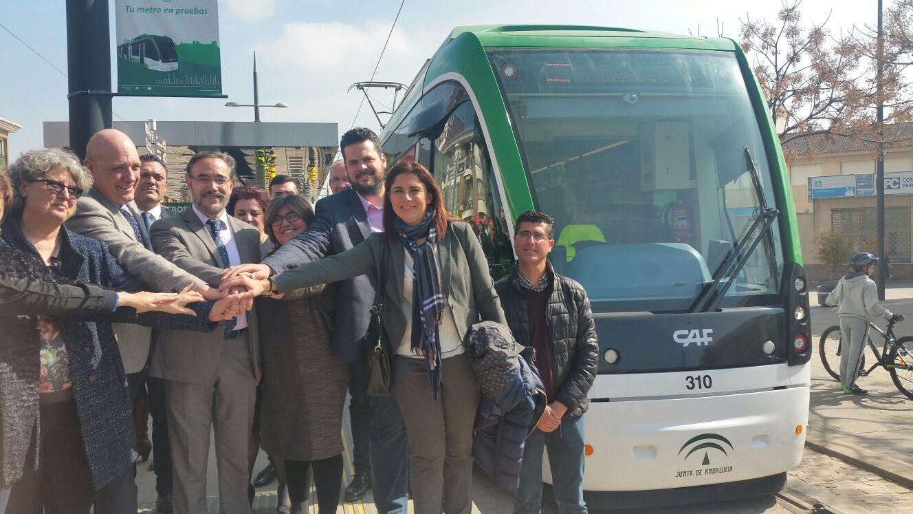 El Metropolitano de Granada circula por el recorrido completo de 16 kilómetros entre Albolote y Armilla