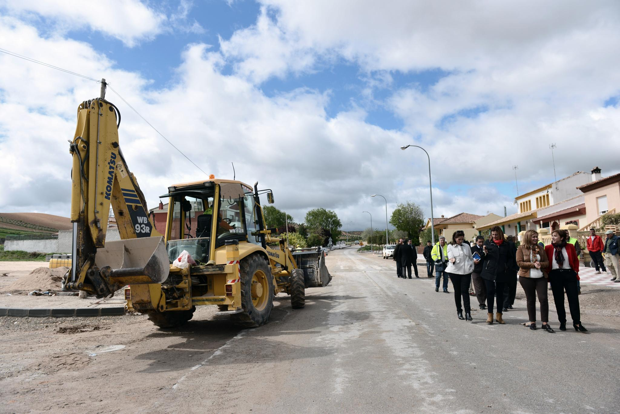 Las obras de la A-323 en la traves�a de Guadahortuna mejorar�n la conexi�n con la autov�a A-44 y la capital de Granada