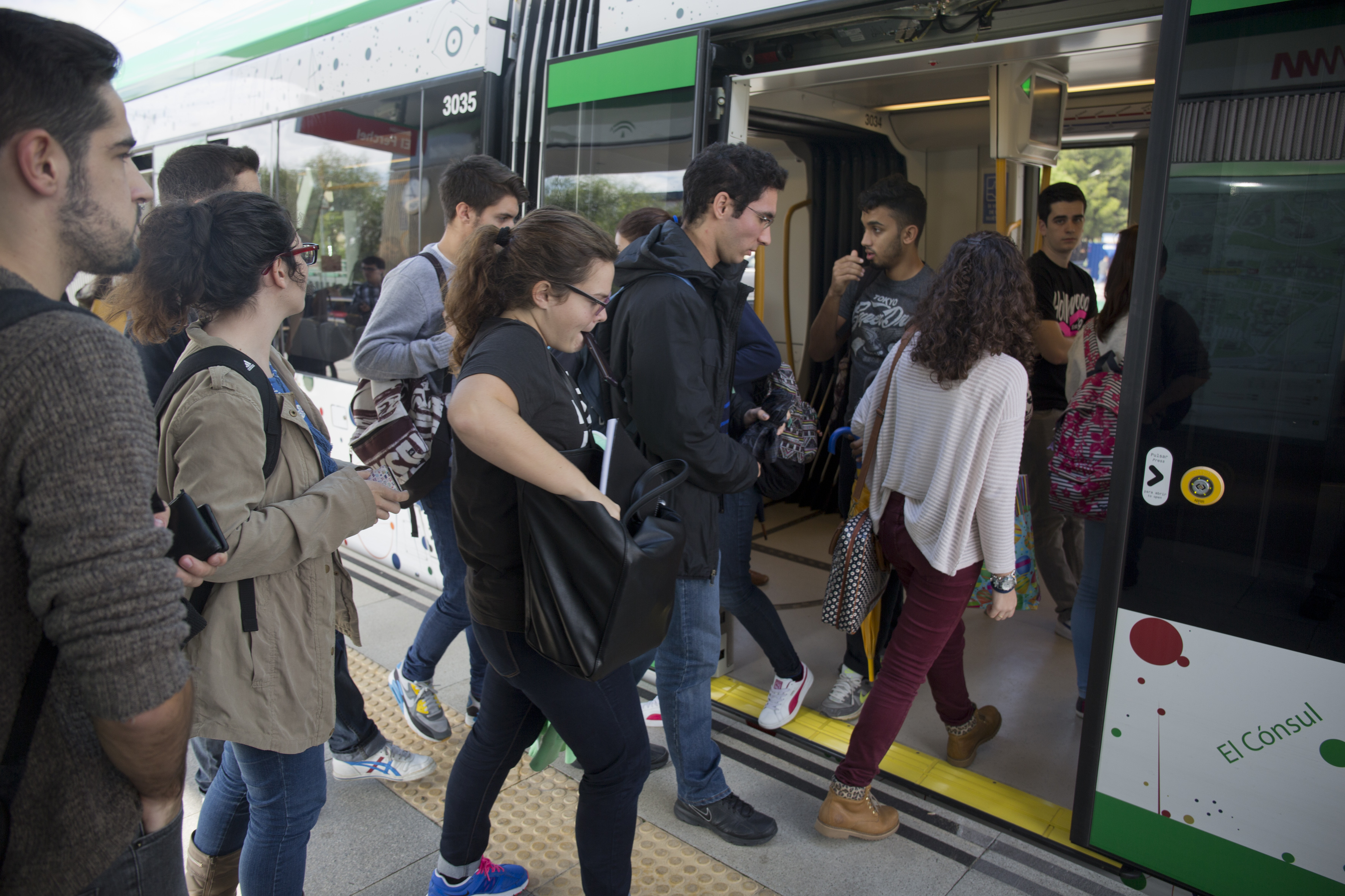 El pasado viernes se registró el récord de usuarios desde que se puso en servicio el metro de Málaga hace más de 3 años.