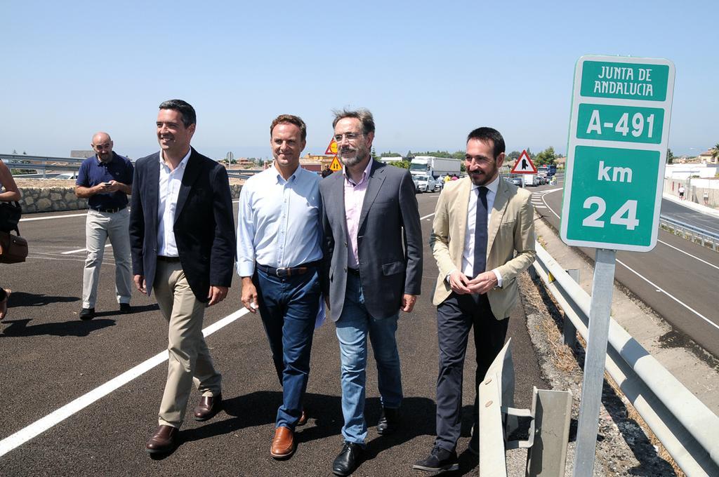 Abierto hoy el nuevo tramo de autov�a de la A-491 entre El Puerto y Rota