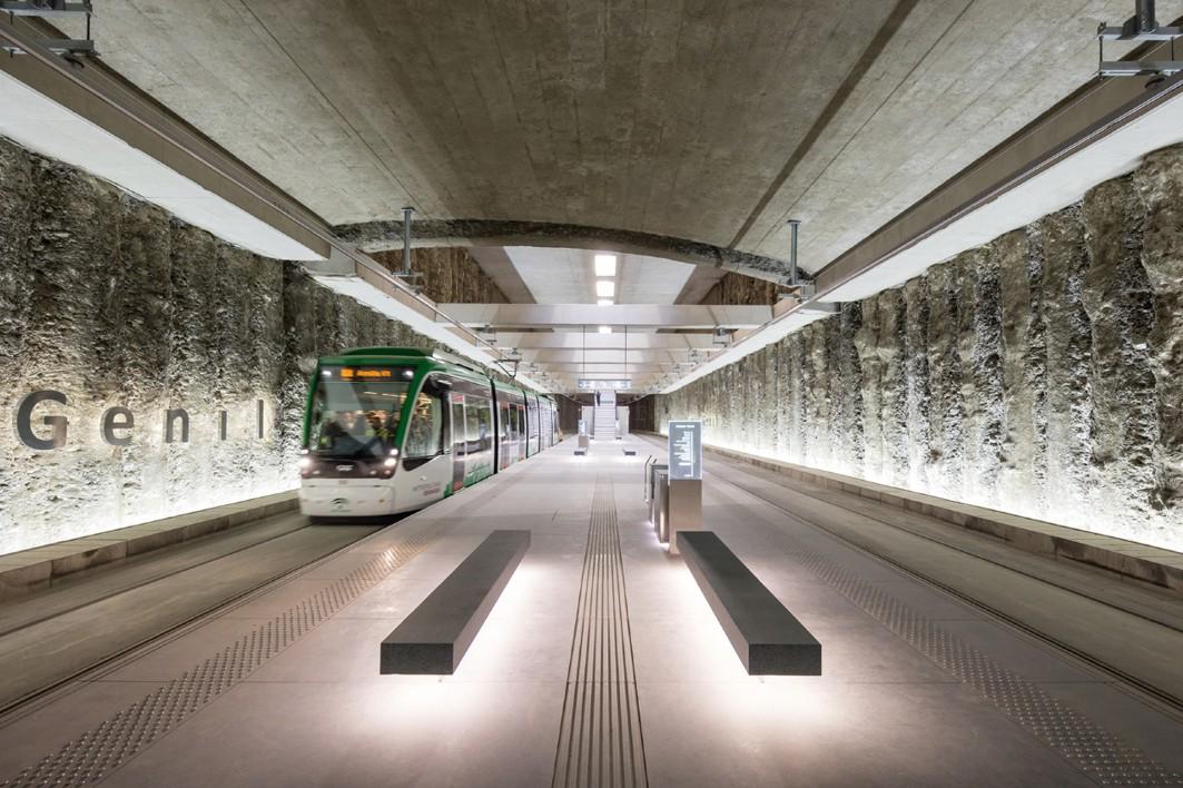 La estación de metro de Alcázar Genil, entre los premiados en la BEAU.