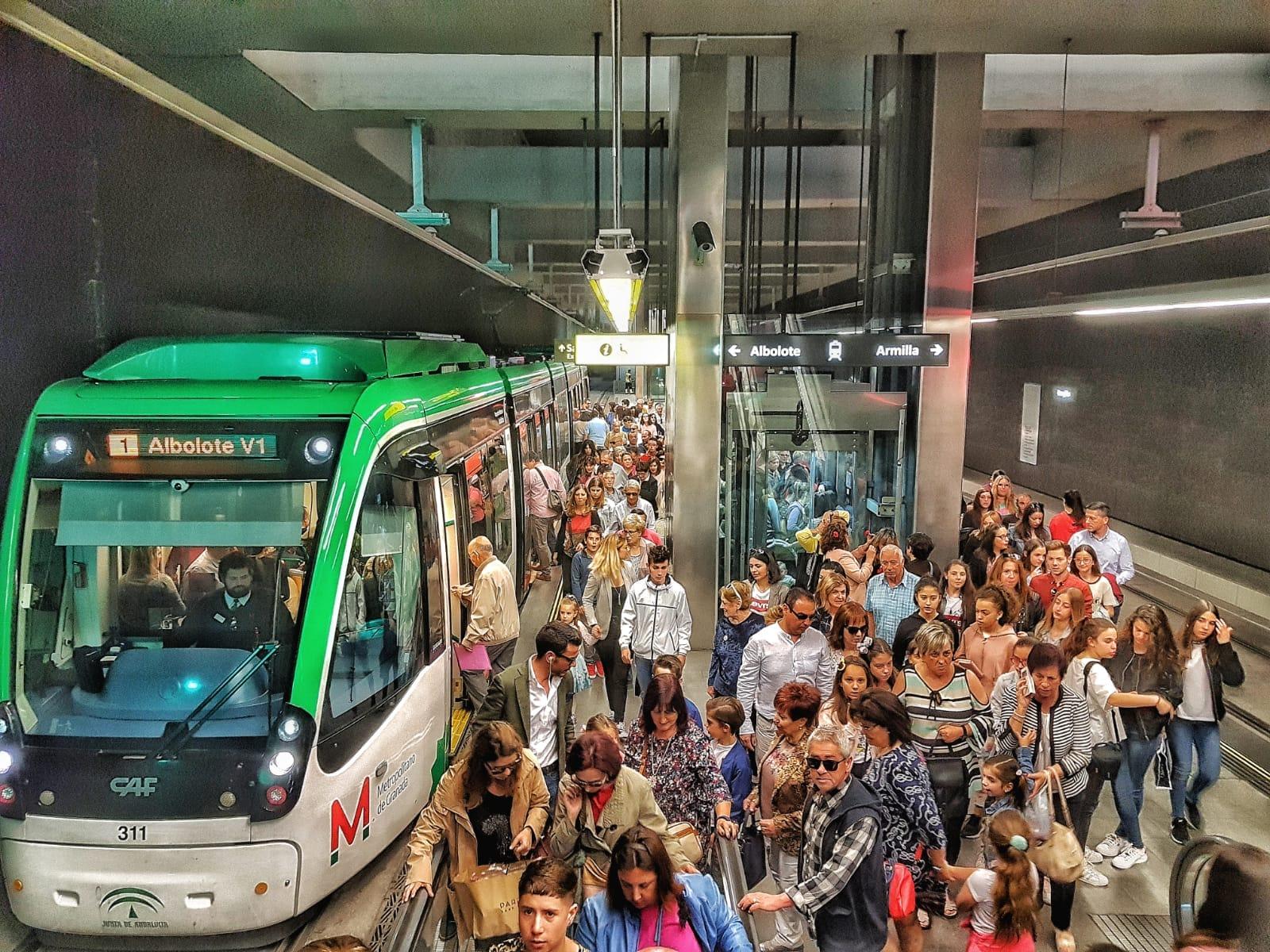 Durante el mes de mayo, coincidiendo con la Feria del Corpus, la cifra de viajeros rondó el millón de usuarios.