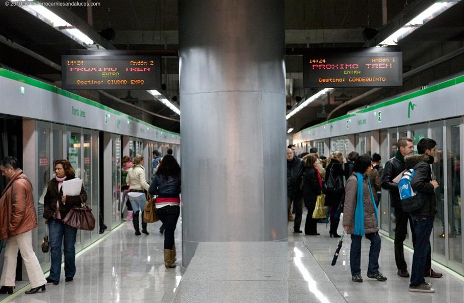 Metro de Sevilla Sociedad Concesionaria de la Junta de Andalucía S.A., se creó en 2003 para la redacción del proyecto, ejecución de obras y explotación comercial de la Línea 1