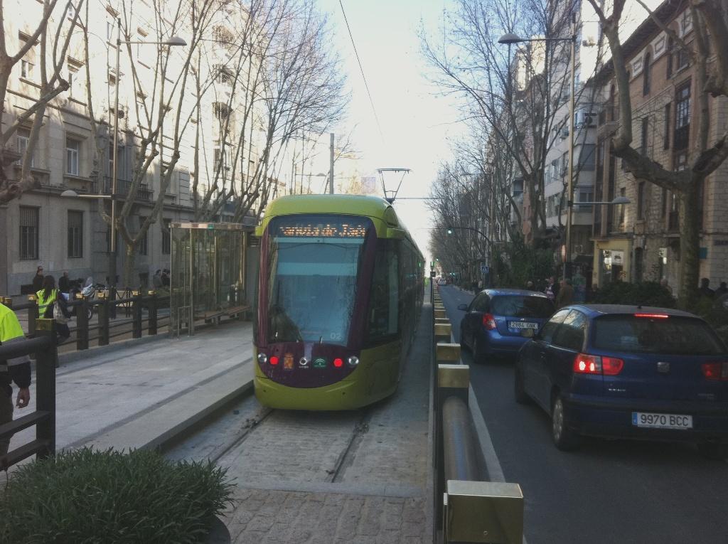 El tranvía de Jaén inicia las pruebas en blanco