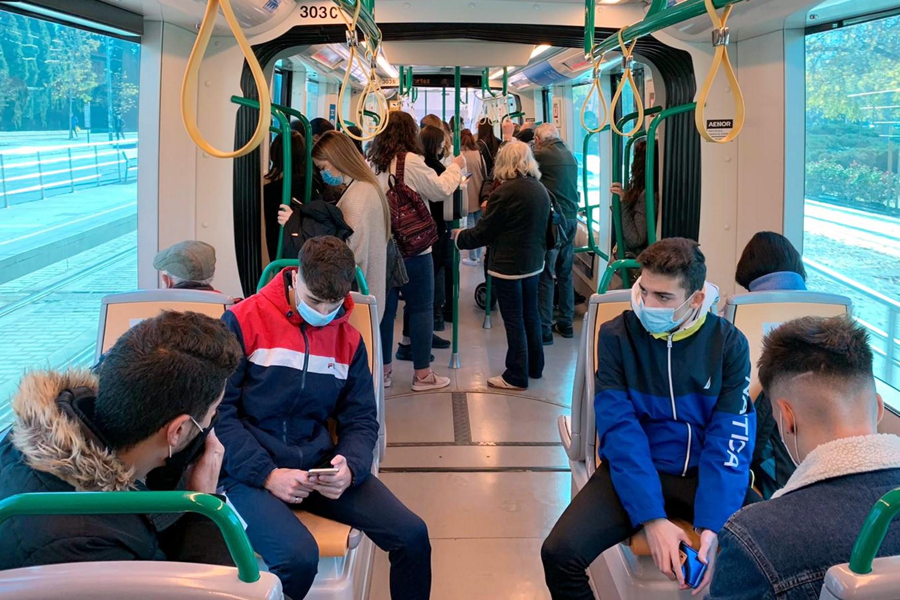 Metro de Granada registra en marzo el primer alza de viajeros desde el inicio del Covid-19