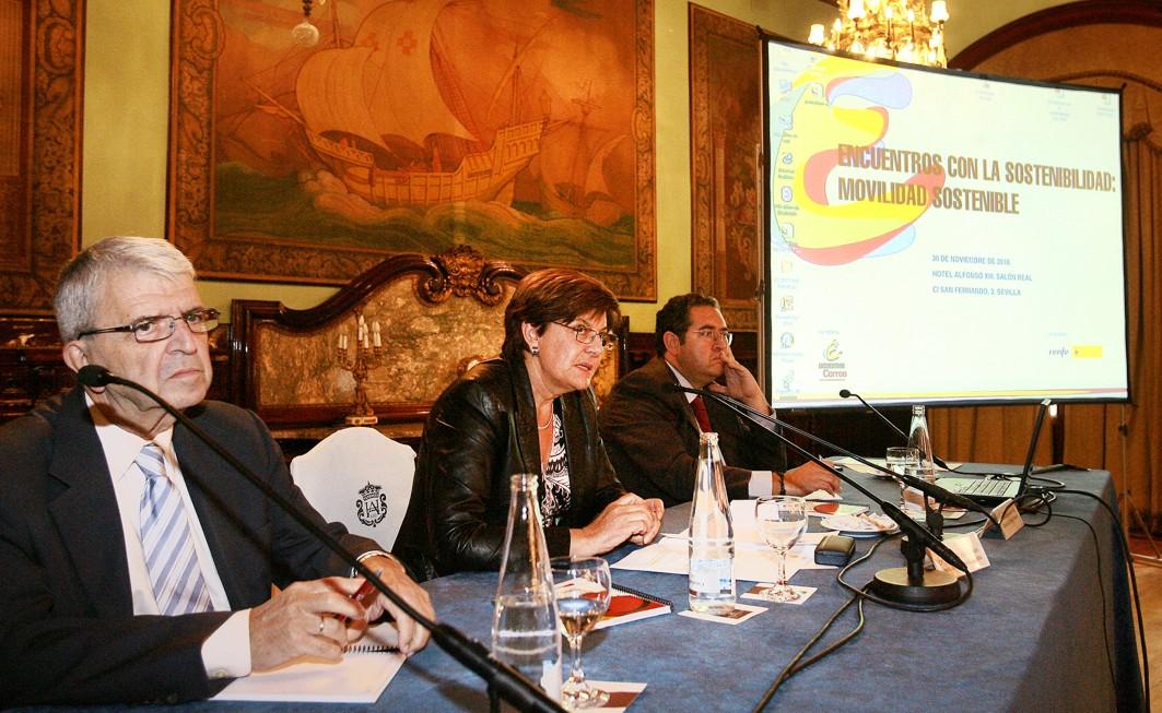 Cruz Villalón clausura los Encuentros por la Sostenibilidad.