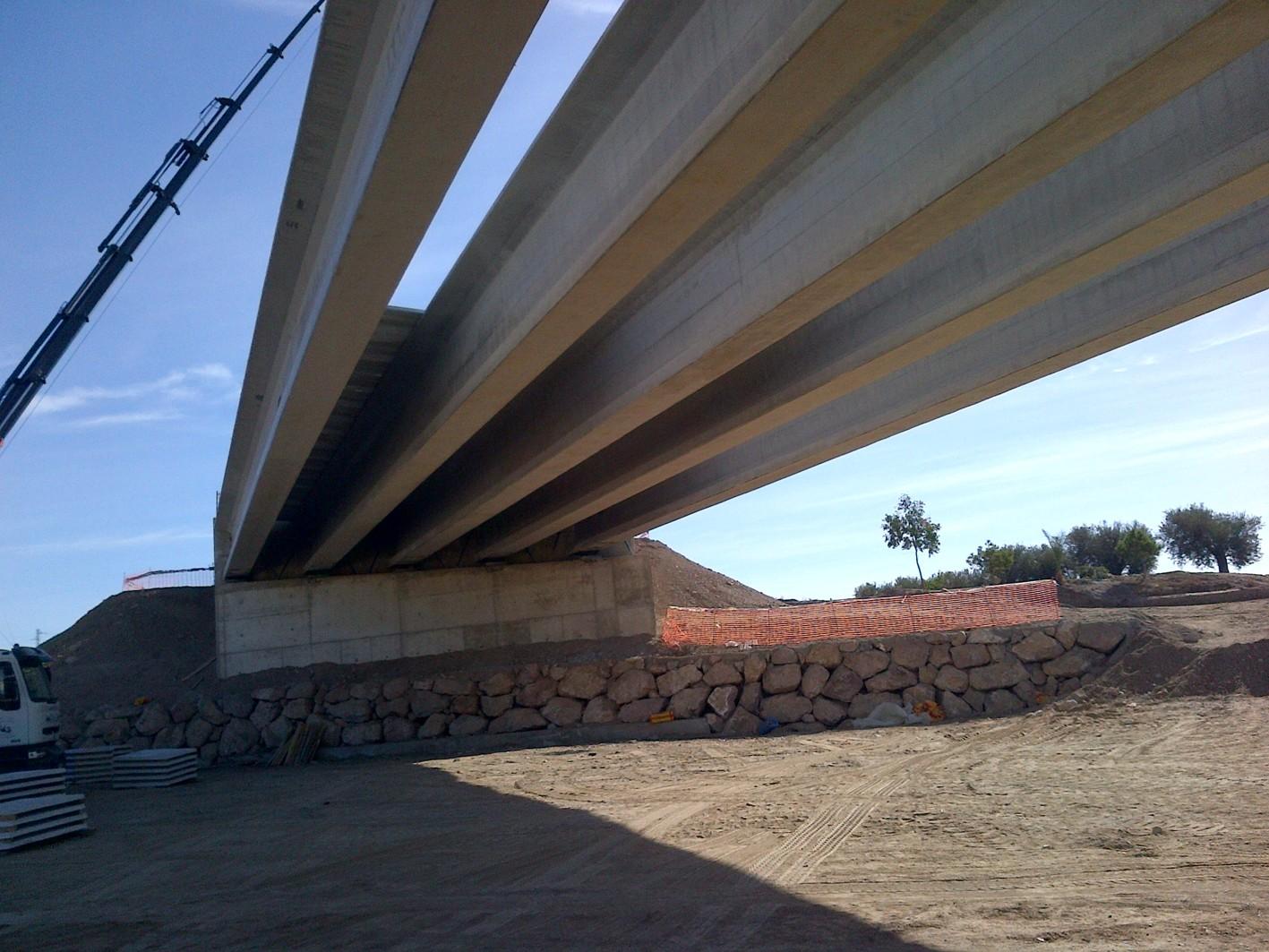 En unos días se harán las pruebas de carga sobre la estructura de la Rambla del Pinar.