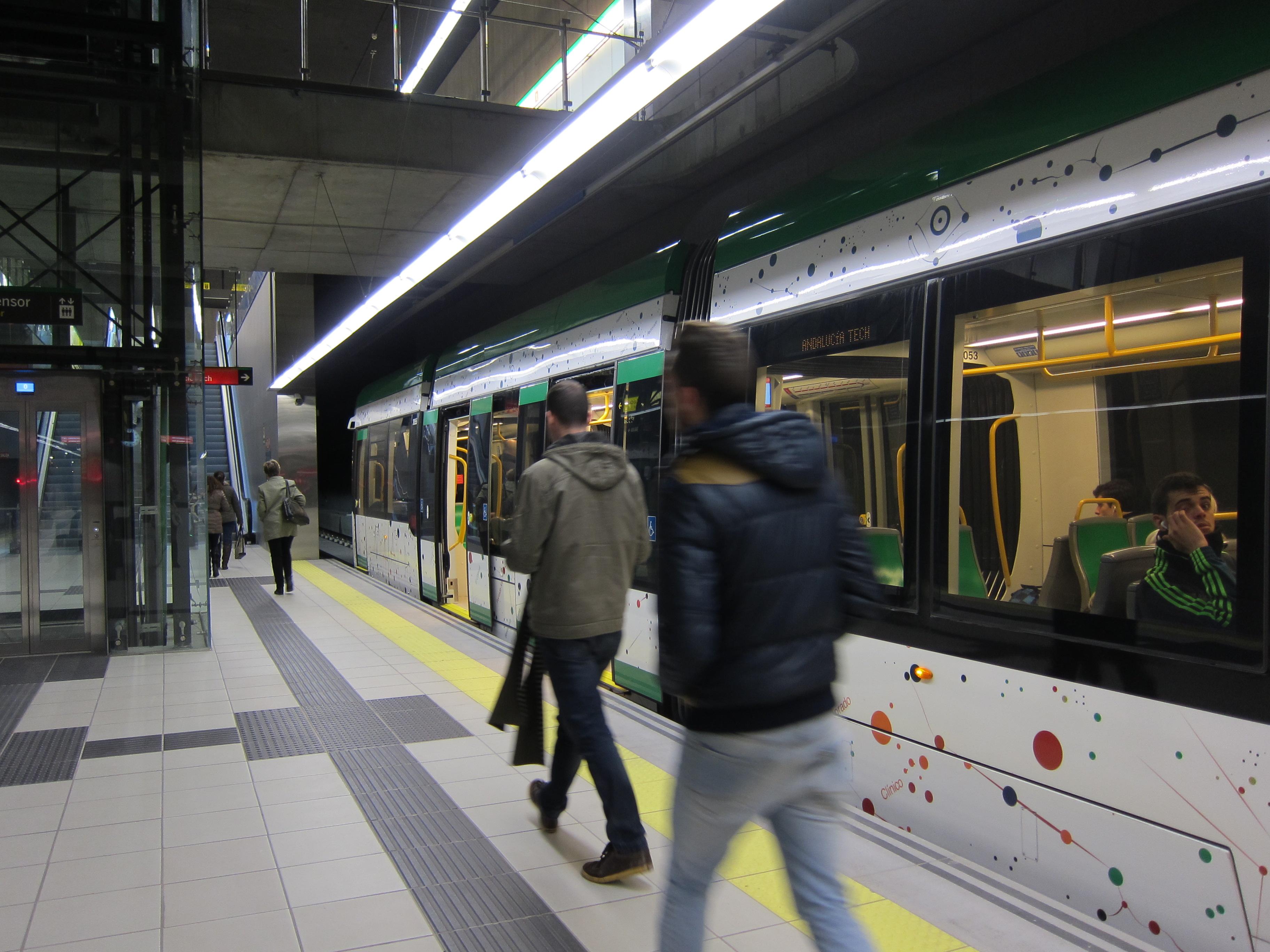 Los títulos de viaje recurrentes o de uso regular equivalen al 89% de los trayectos validados en el suburbano malagueño.