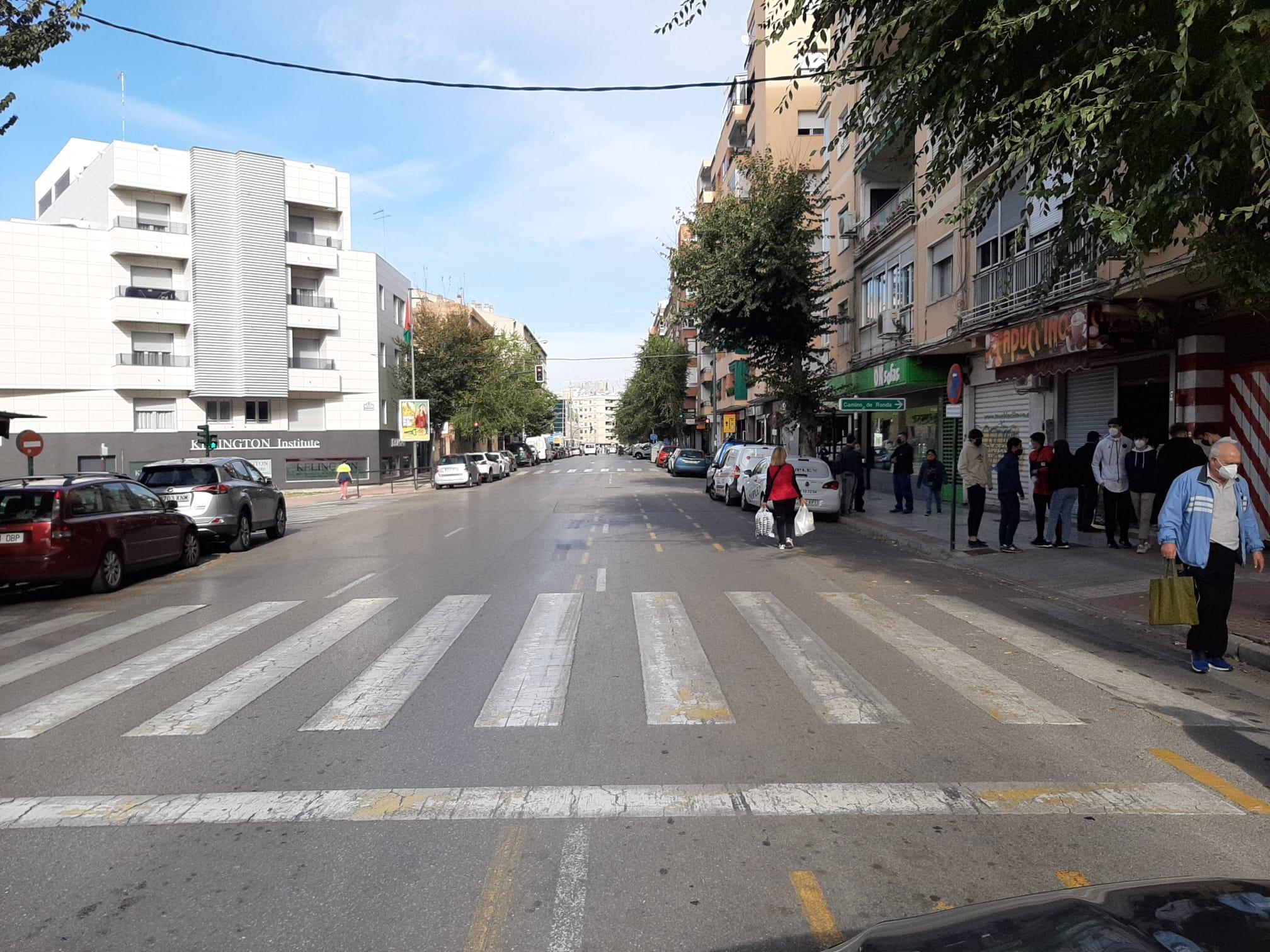 La calle Arabial se usó como desvío de tráfico durante las obras del metro.