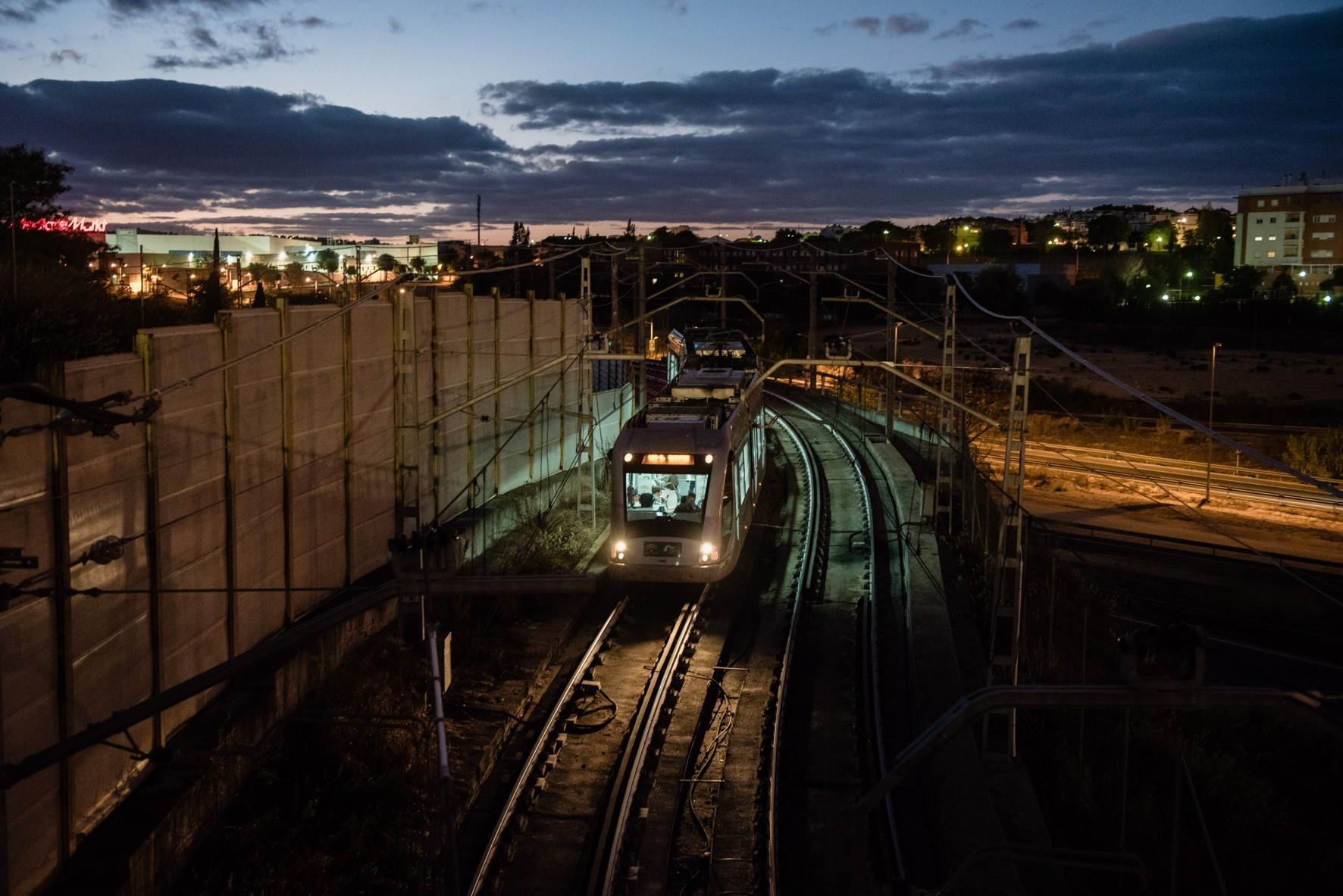El metro de Sevilla consume 100% energía renovable.