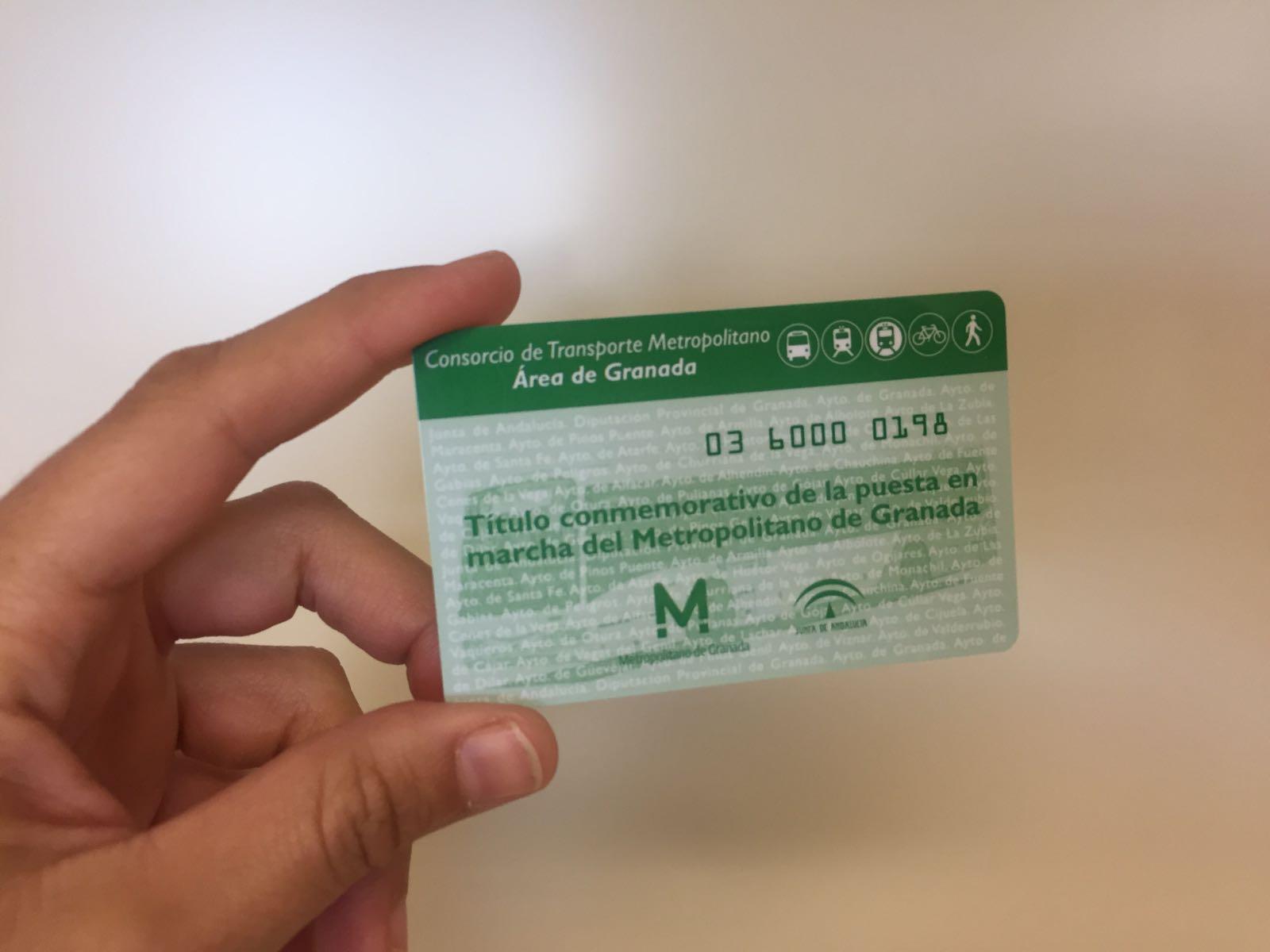 Imagen de la tarjeta conmemorativo del Consorcio con motivo de la puesta en marcha del metropolitano.