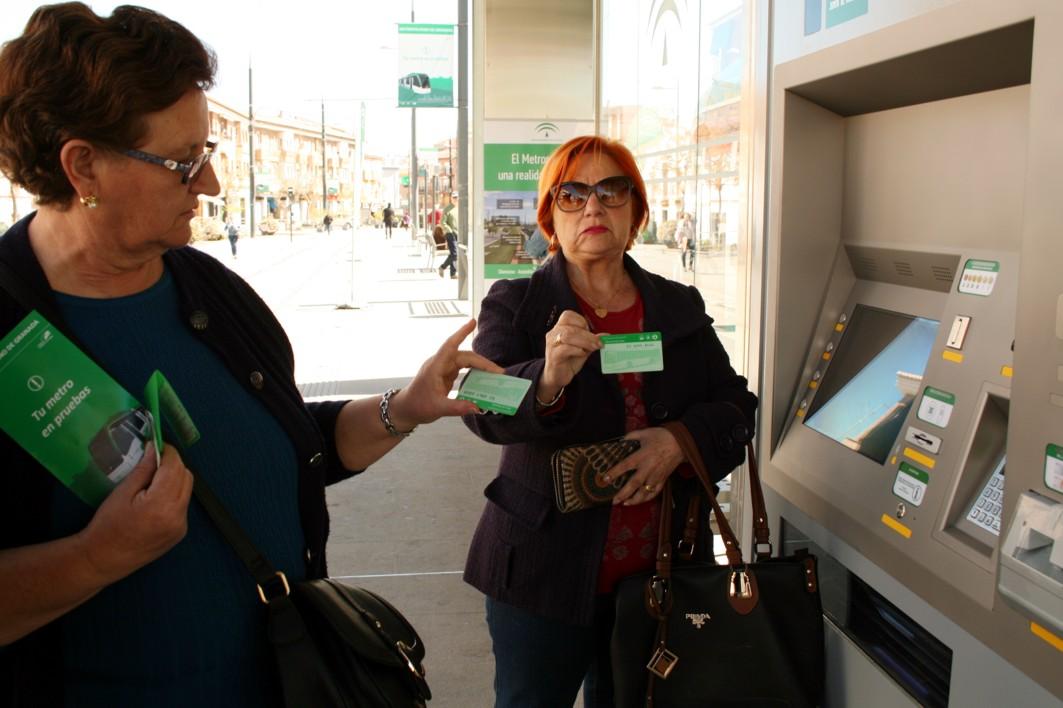 El metro de Granada será gratuito durante la SEM, usando la tarjeta del Consorcio.