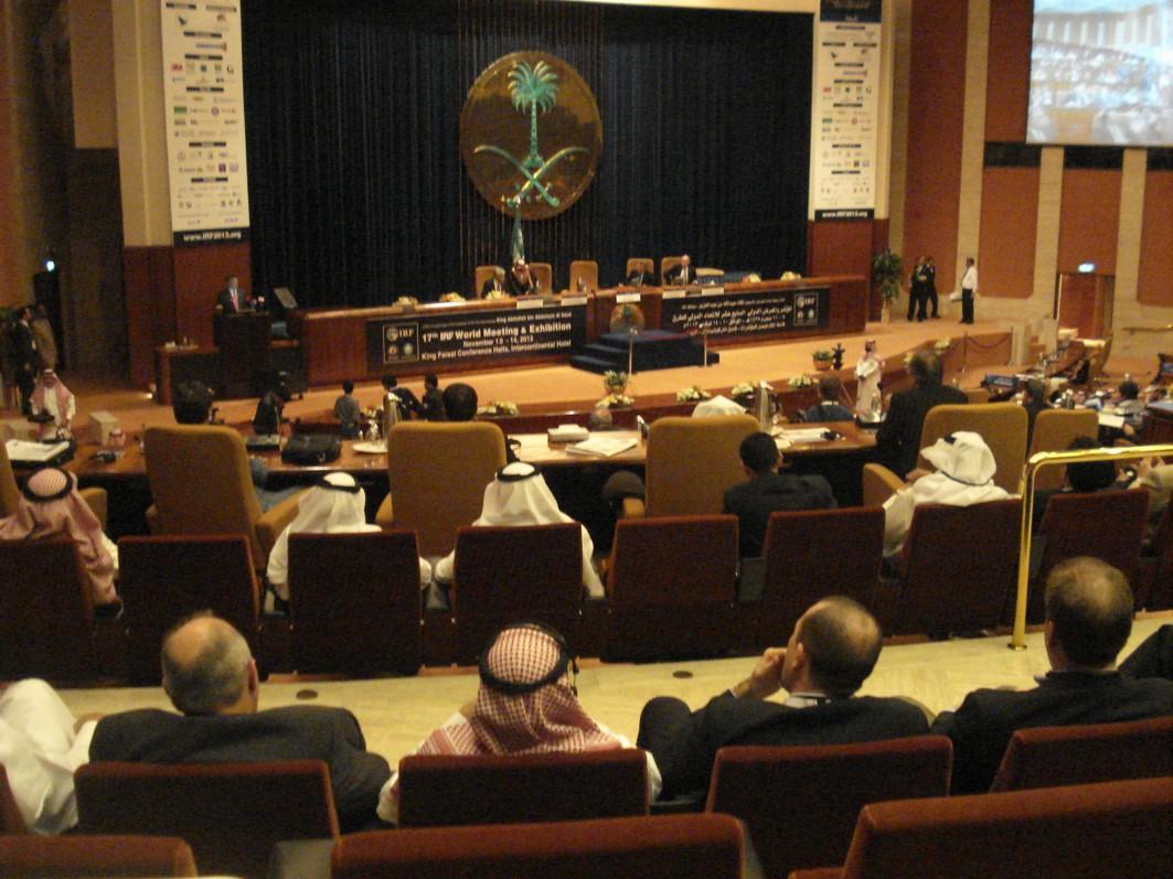 Congreso Internacional de Carreteras en Riad.