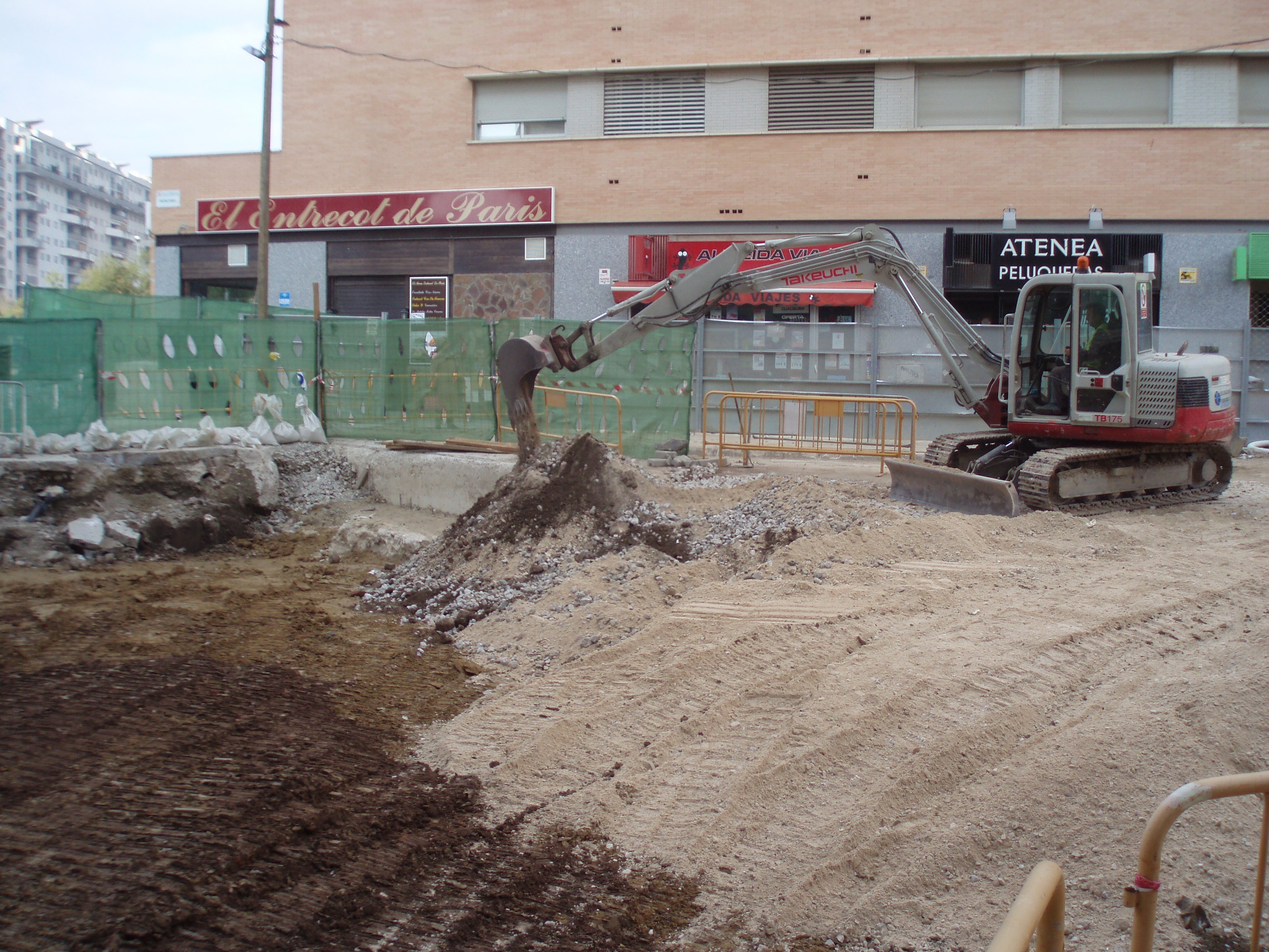 Los restos arqueológicos de la muralla nazarí se cubrirán respondiendo a los criterios de Cultura.