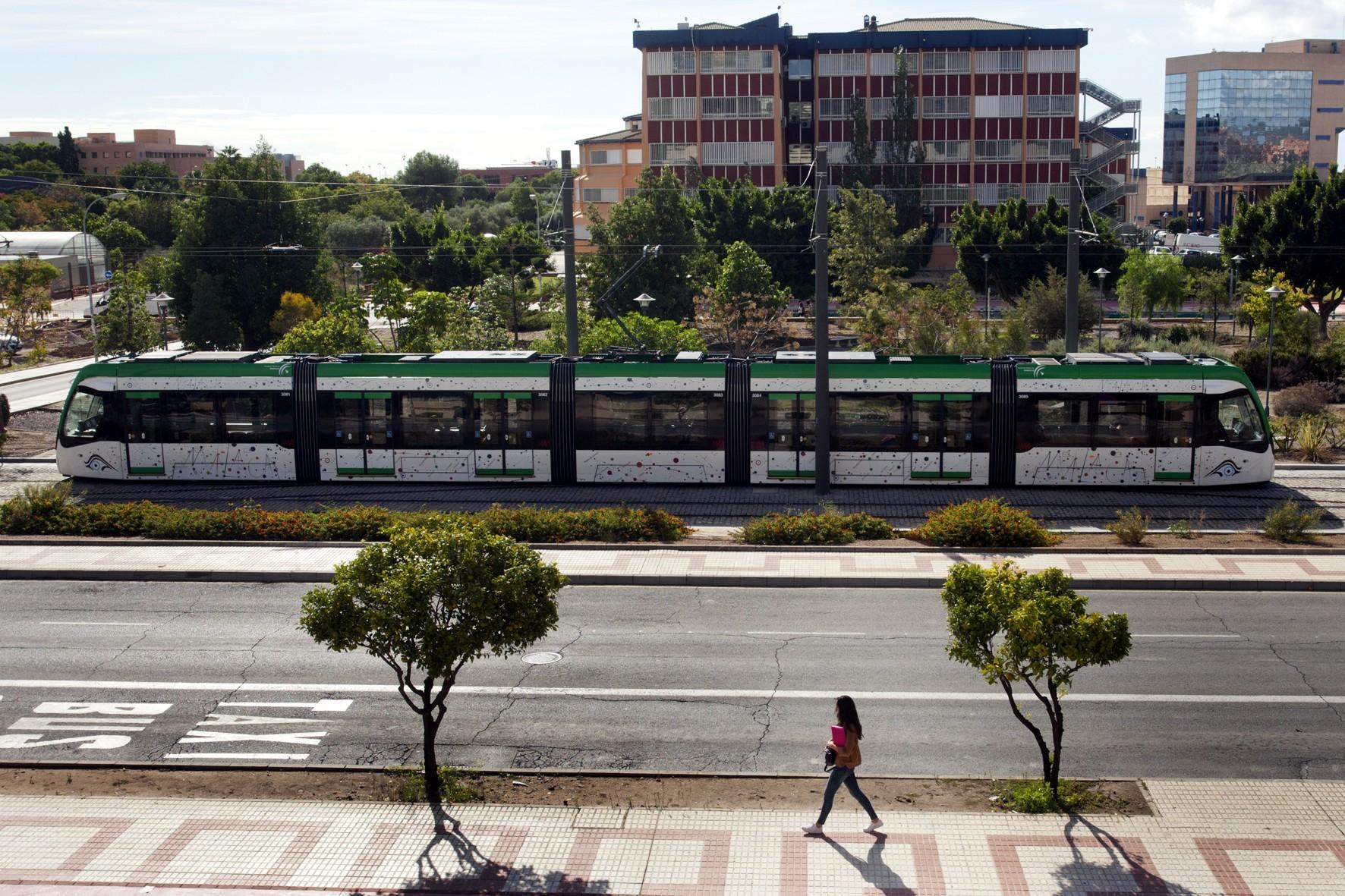 El metro de Málaga contribuye a disminuir los efectos del cambio climático.