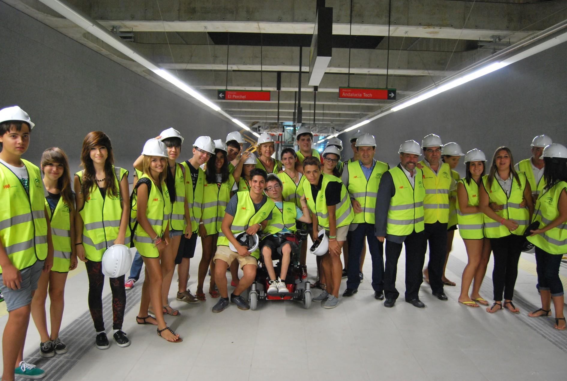 Visita de escolares al Metro de Málaga.