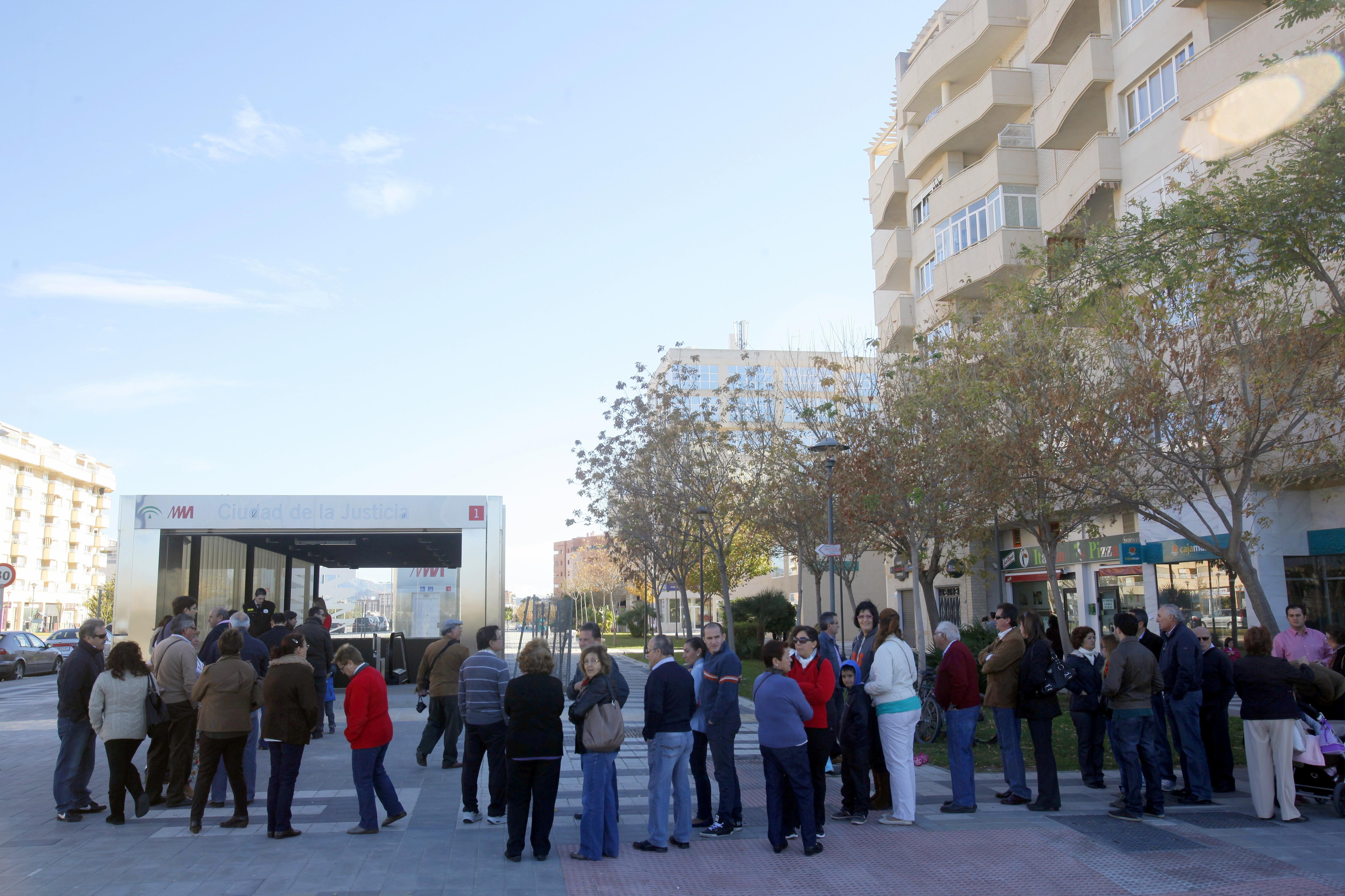 La jornada de puertas abiertas de las estaciones del pasado 17 de noviembre congregó a más de 6.800 ciudadanos.