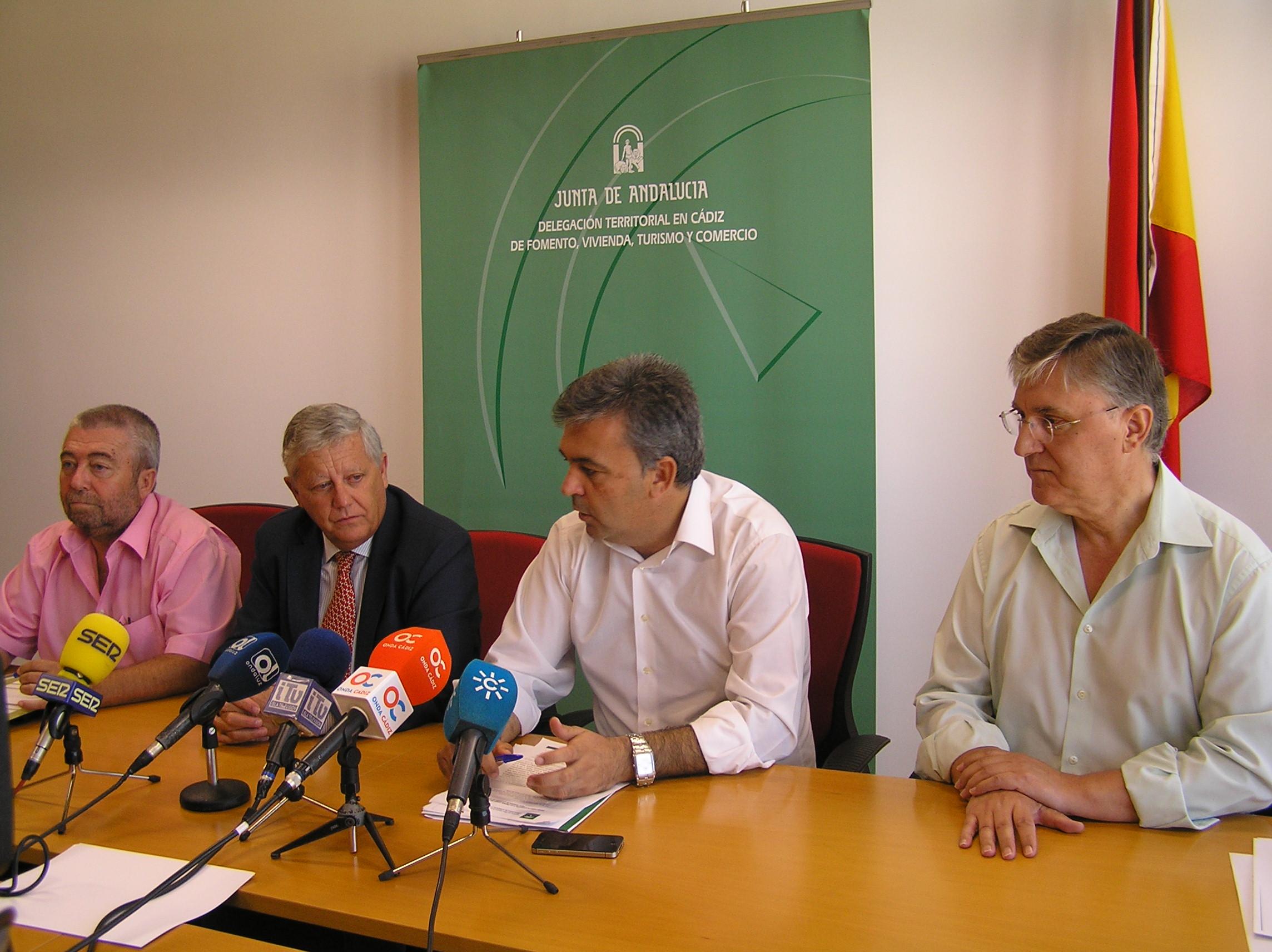 El delegado territorial de Fomento de Cádiz, Manuel Cárdenas.