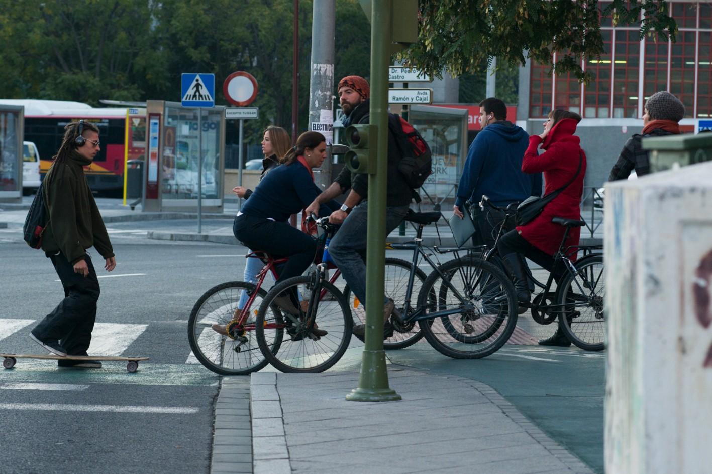 El PAB pretende situar a Andalucía en la media europea en el uso de este modo de transporte.