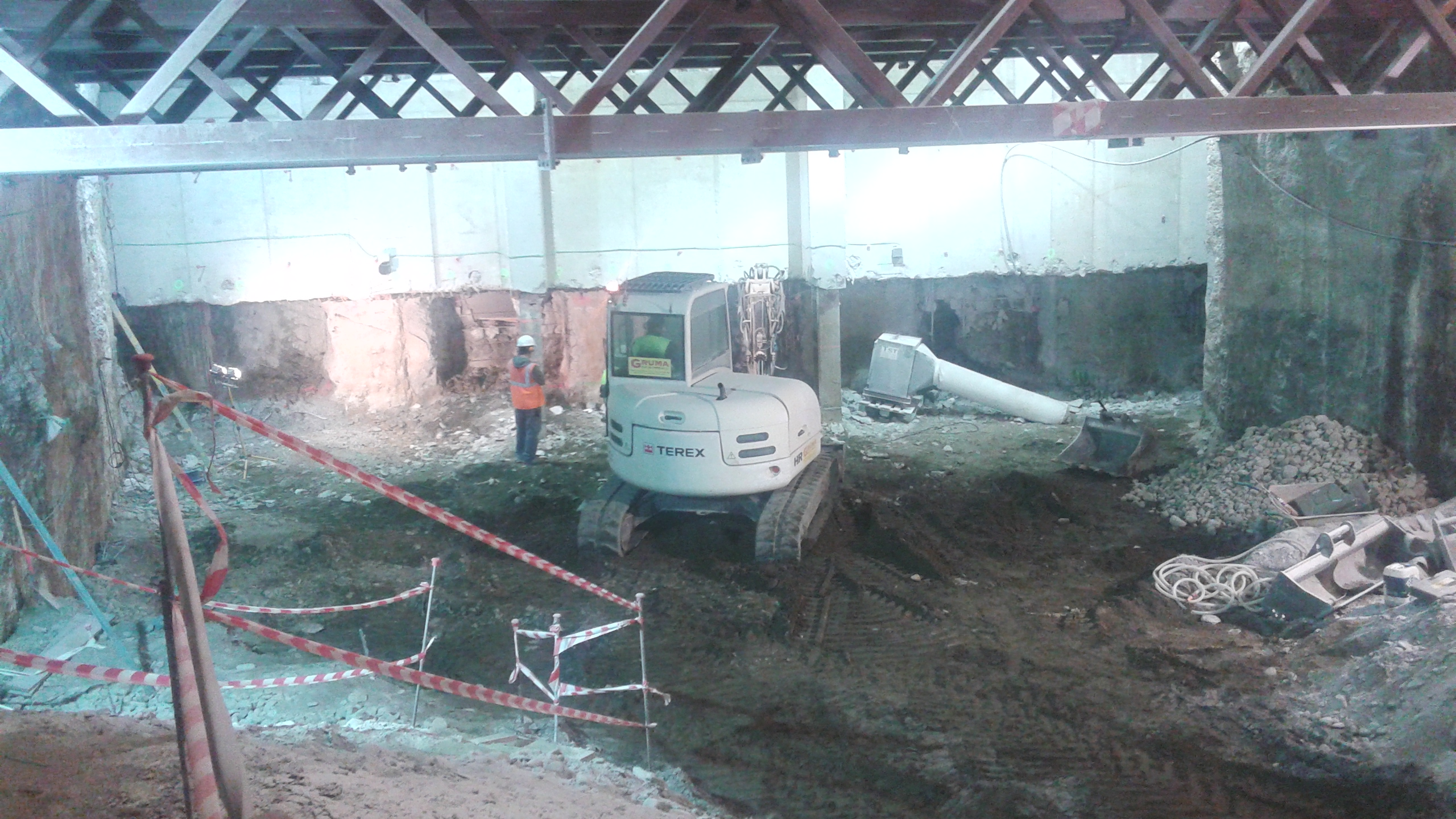 Trabajos en el interior del túnel del tramo Renfe-Guadalmedina.