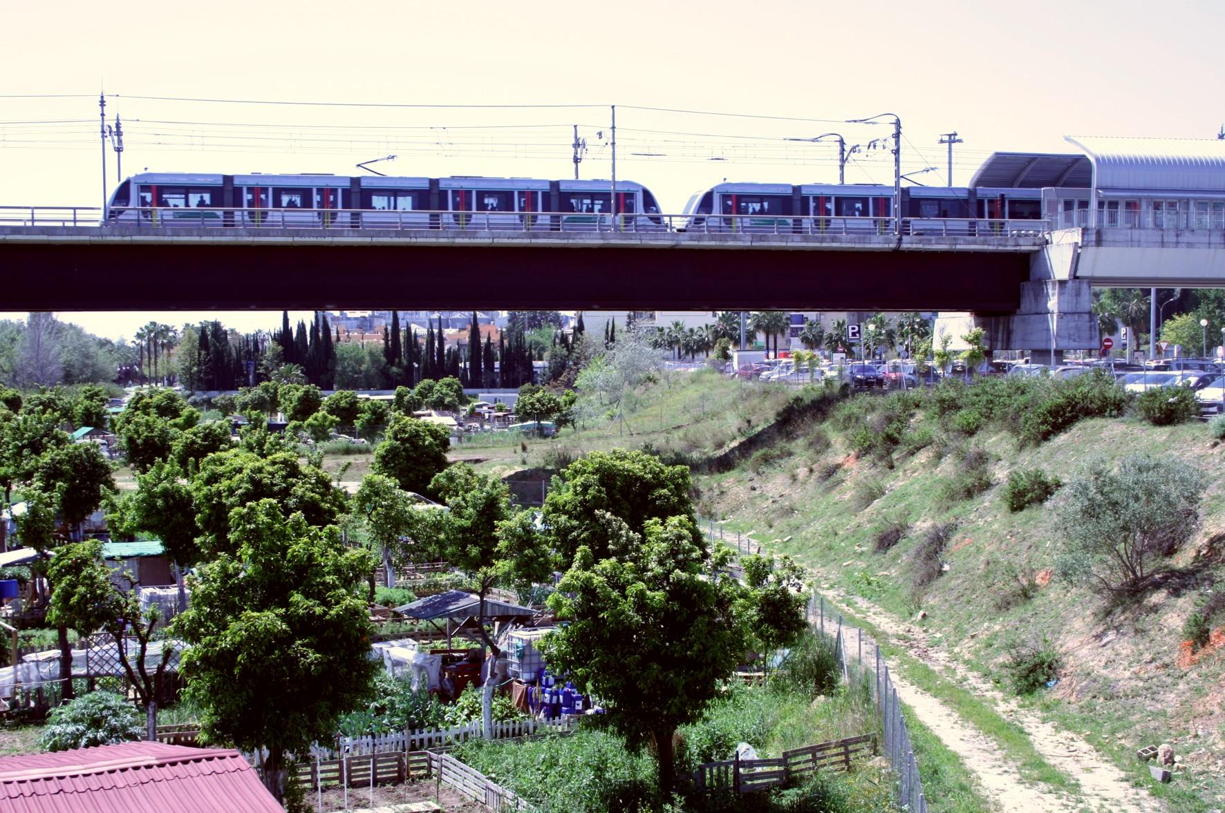 Metro de Sevilla alcanza en Feria los 942.503 viajeros, récord de demanda en esa semana desde su inauguración en 2009