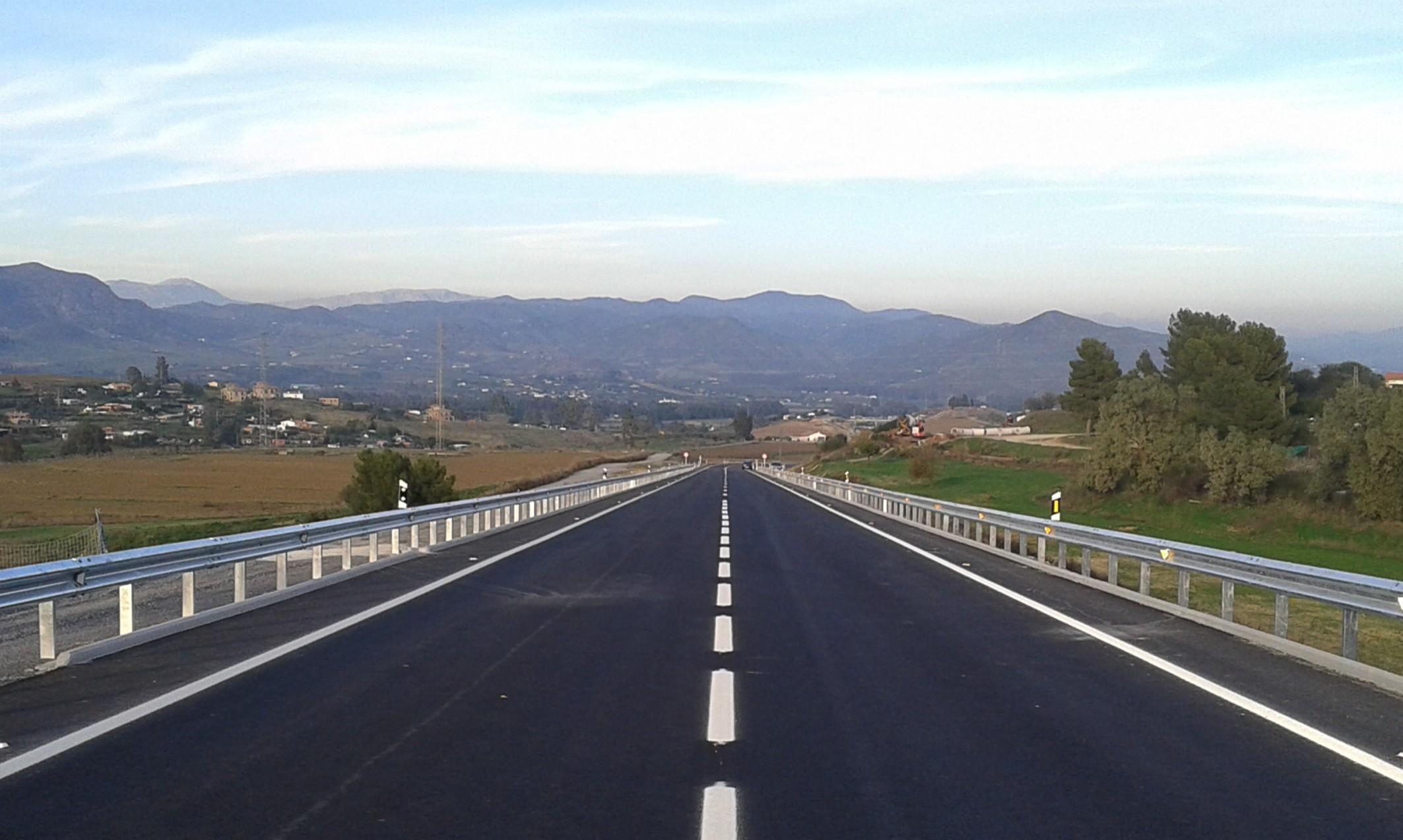 Carretera Coín - Casapalma finalizada. Su puesta en servicio se hará tras los remates finales.