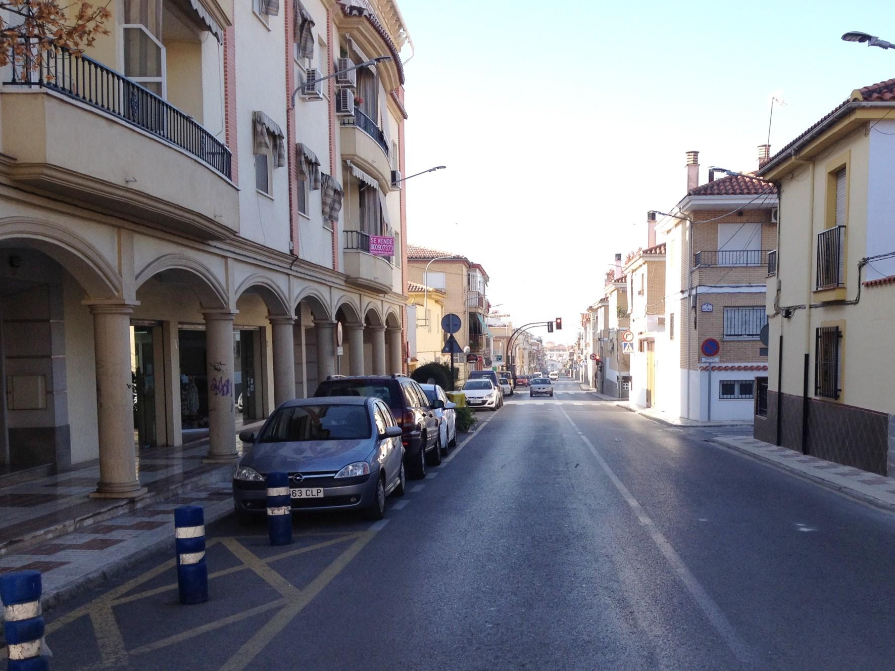 El contrato incluye la reurbanización de la calle Alhambra en Armilla.