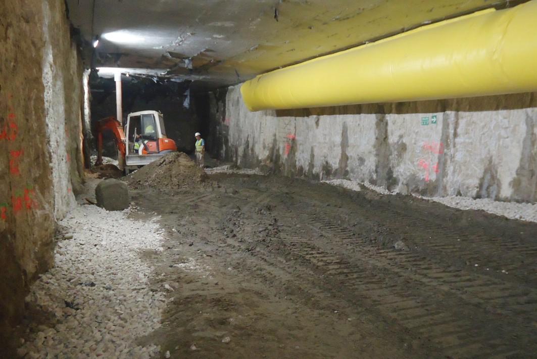 Imagen del primer nivel del túnel de metro bajo la Alameda