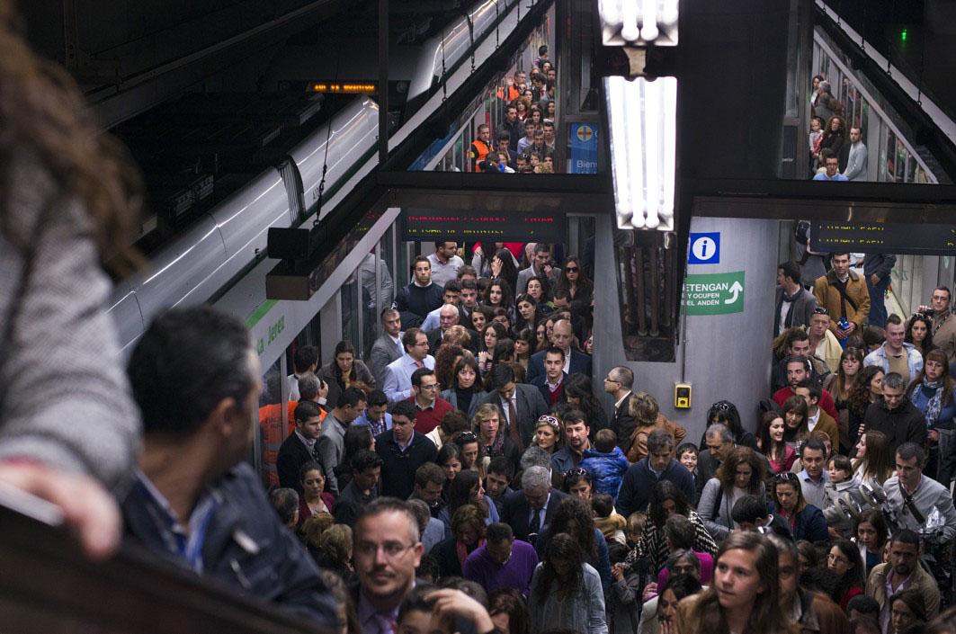El metro de Sevilla tiene unos 14 millones de pasajeros al año.