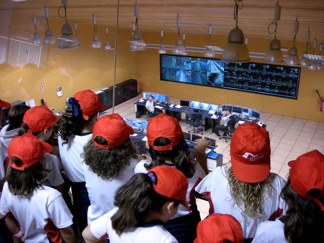Por quinto año consecutivo, Metro de Sevilla desarrolla su programa Aula Metro con escolares de colegios del área metropolitana.