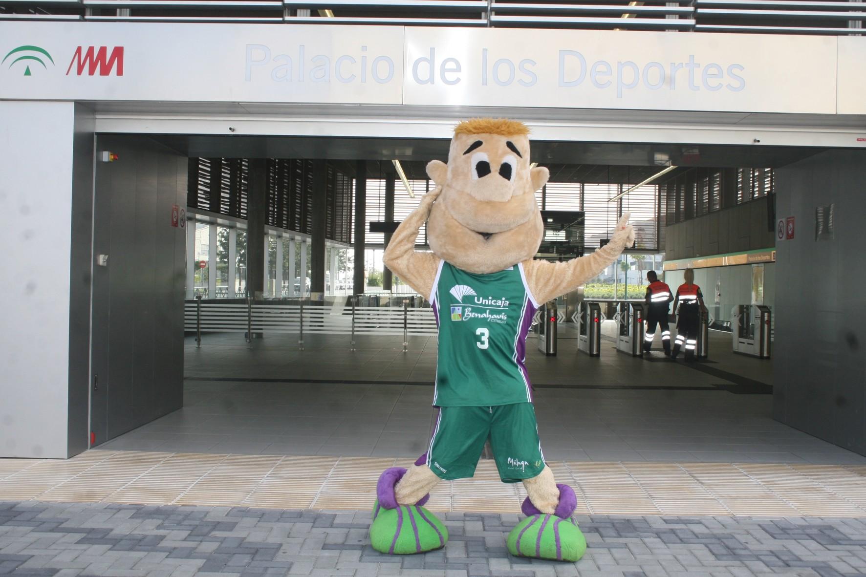 El metro de Málaga patrocina el Unicaja de Baloncesto.