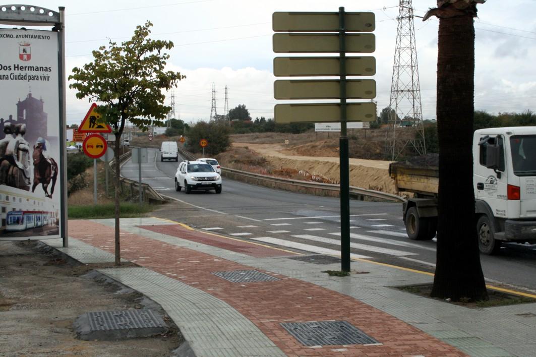 La vía ciclista deberá conectar con las redes urbanas ciclistas existentes en los municipios.