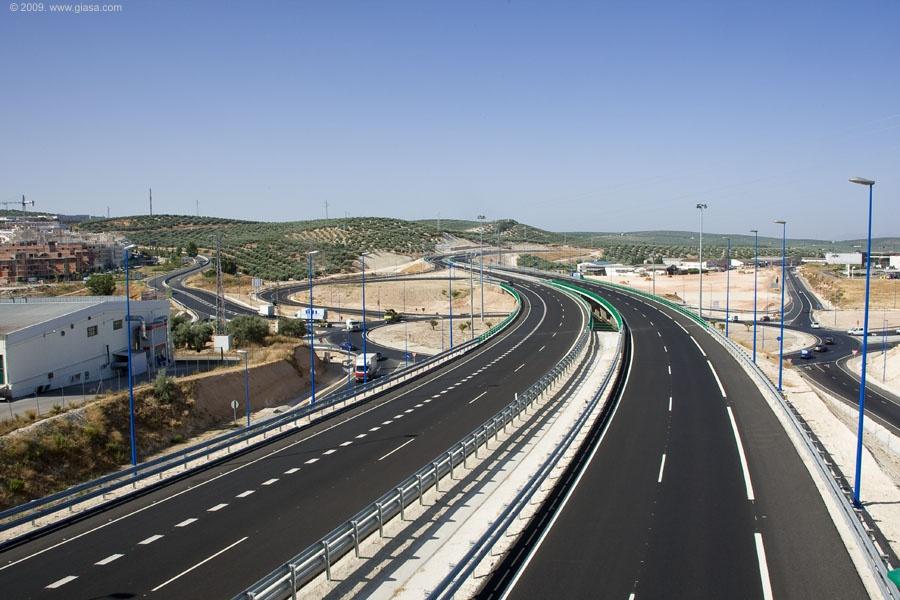 Enlace en Lucena de la Autovía del Olivar. Tramo: Lucena - Cabra.