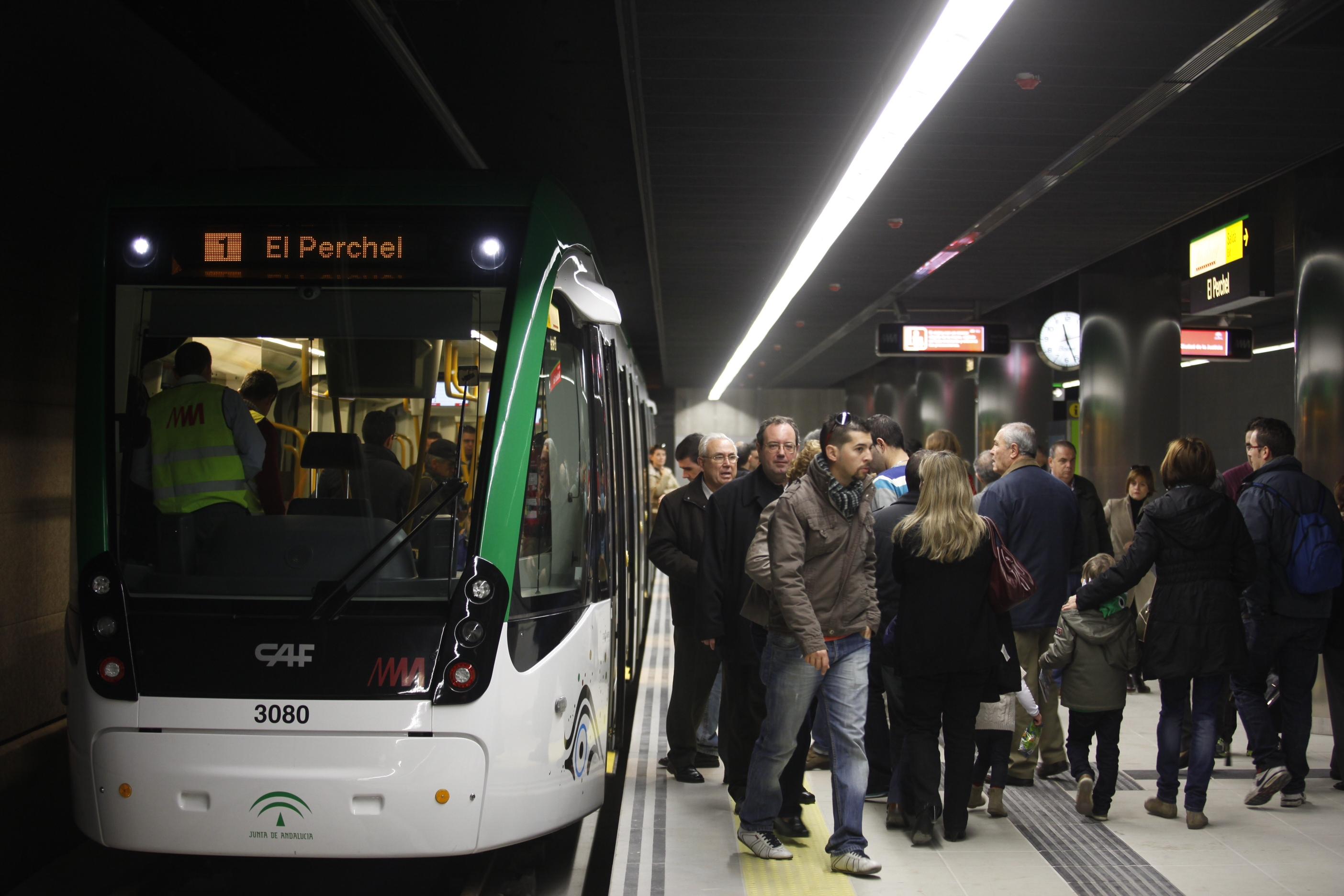Imagen de las primeras pruebas dinámicas de trenes con viajeros del Metro de Málaga, el pasado 21 de diciembre.