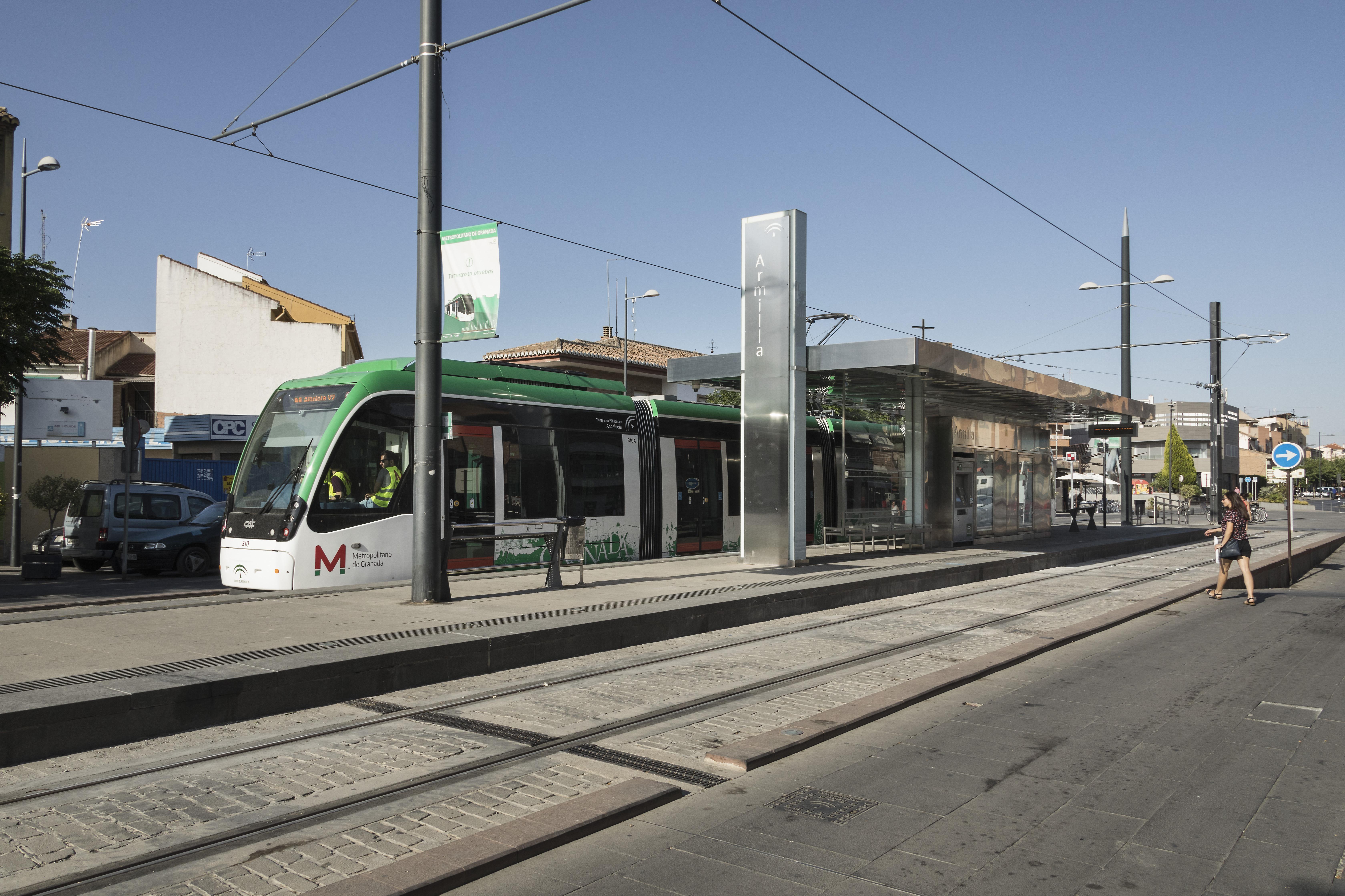 El metro de Granada ha alcanzado los 900.000 viajeros en el mes de marzo.