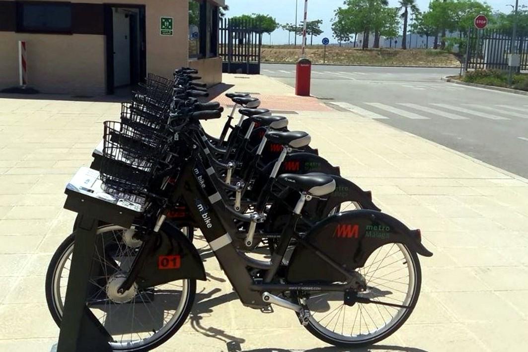 Bicicletas eléctricas del metro de Málaga para usar por sus trabajadores.