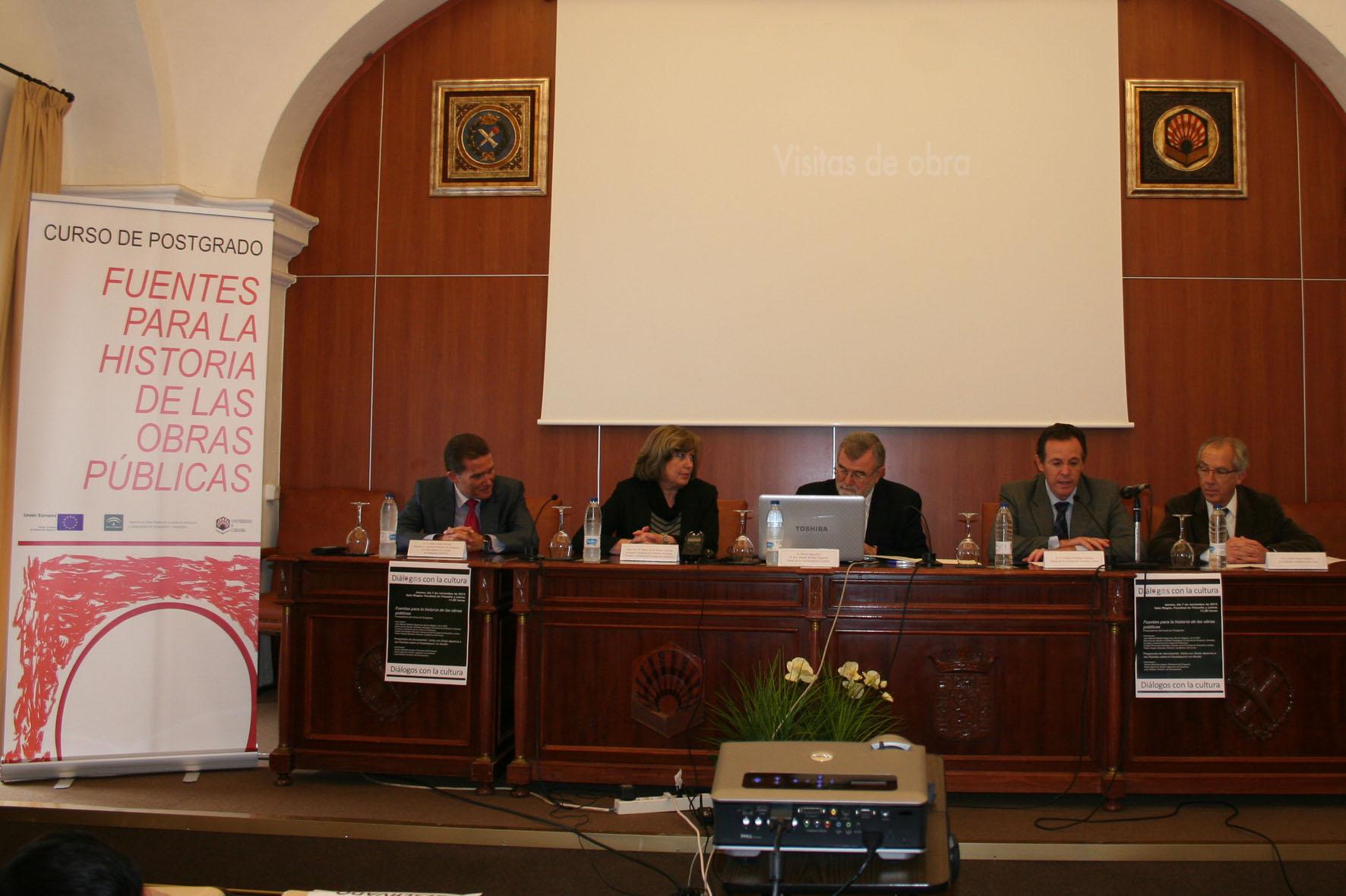 Acto de presentación del curso de posgrado en la Universidad de Córdoba