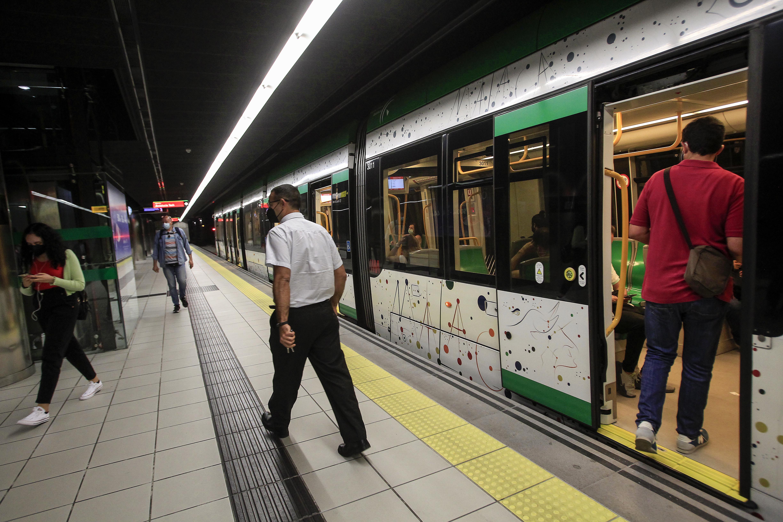 Metro de Málaga recupera poco a poco los usuarios anteriores a la pandemia.